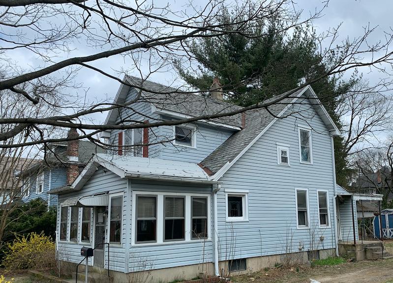 303 7th St, Riverton, NJ