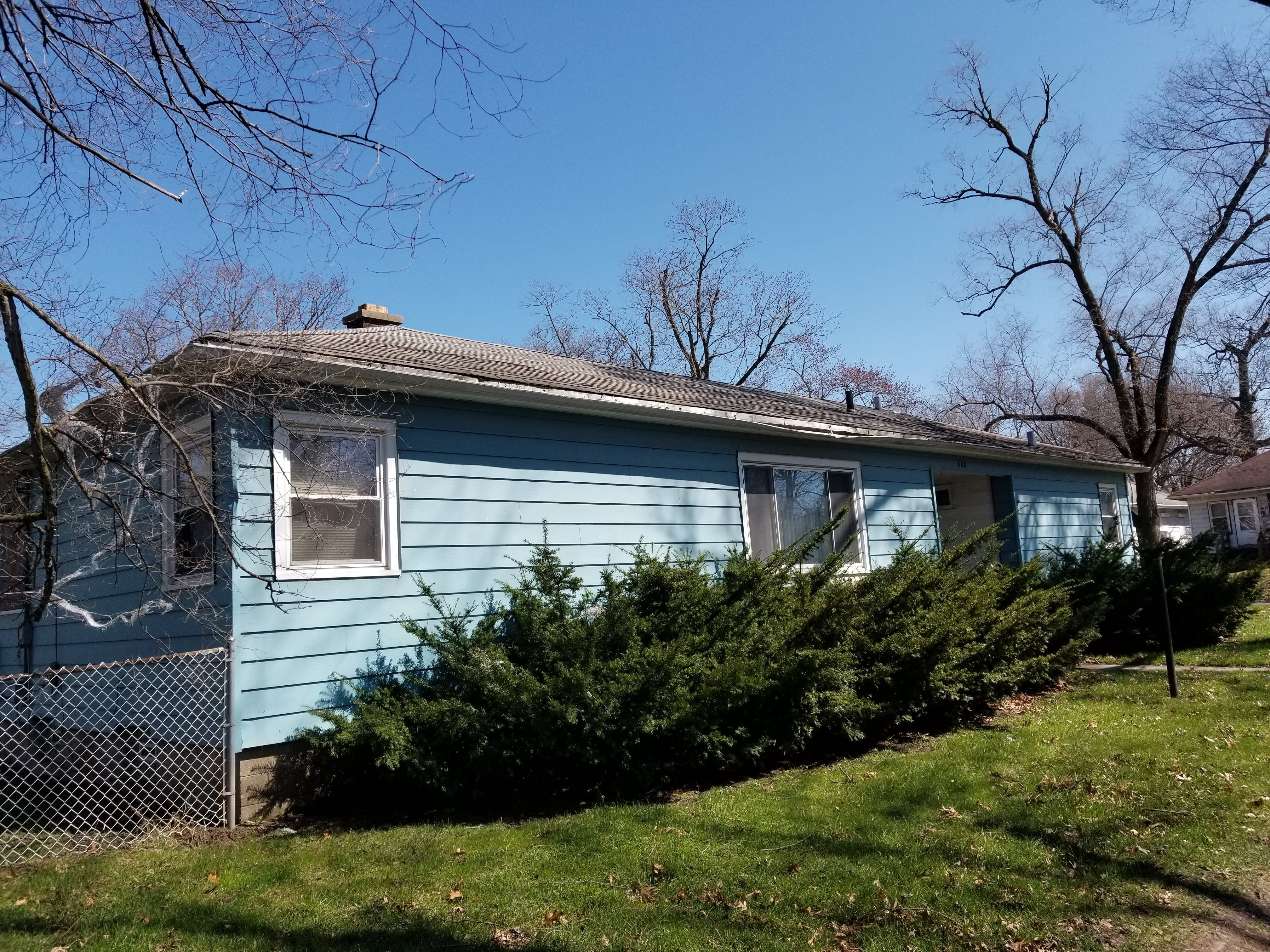 600 W 44th Pl, Gary, IN