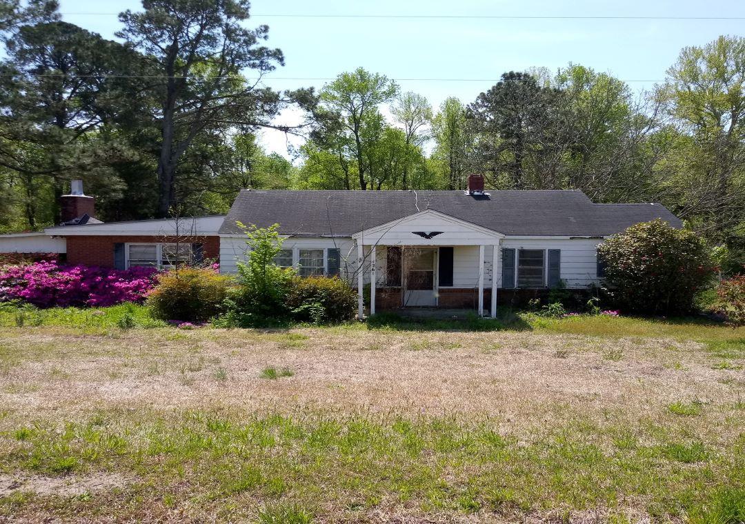 1261 Stephenson Rd, Benson, NC