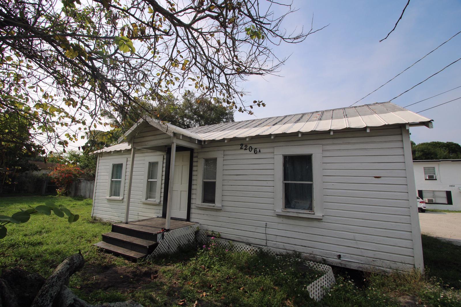 2206 Delaware Ave, Fort Pierce, FL