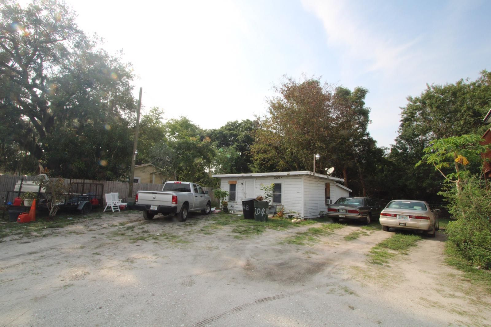 2206 Delaware Ave (Image - 3)