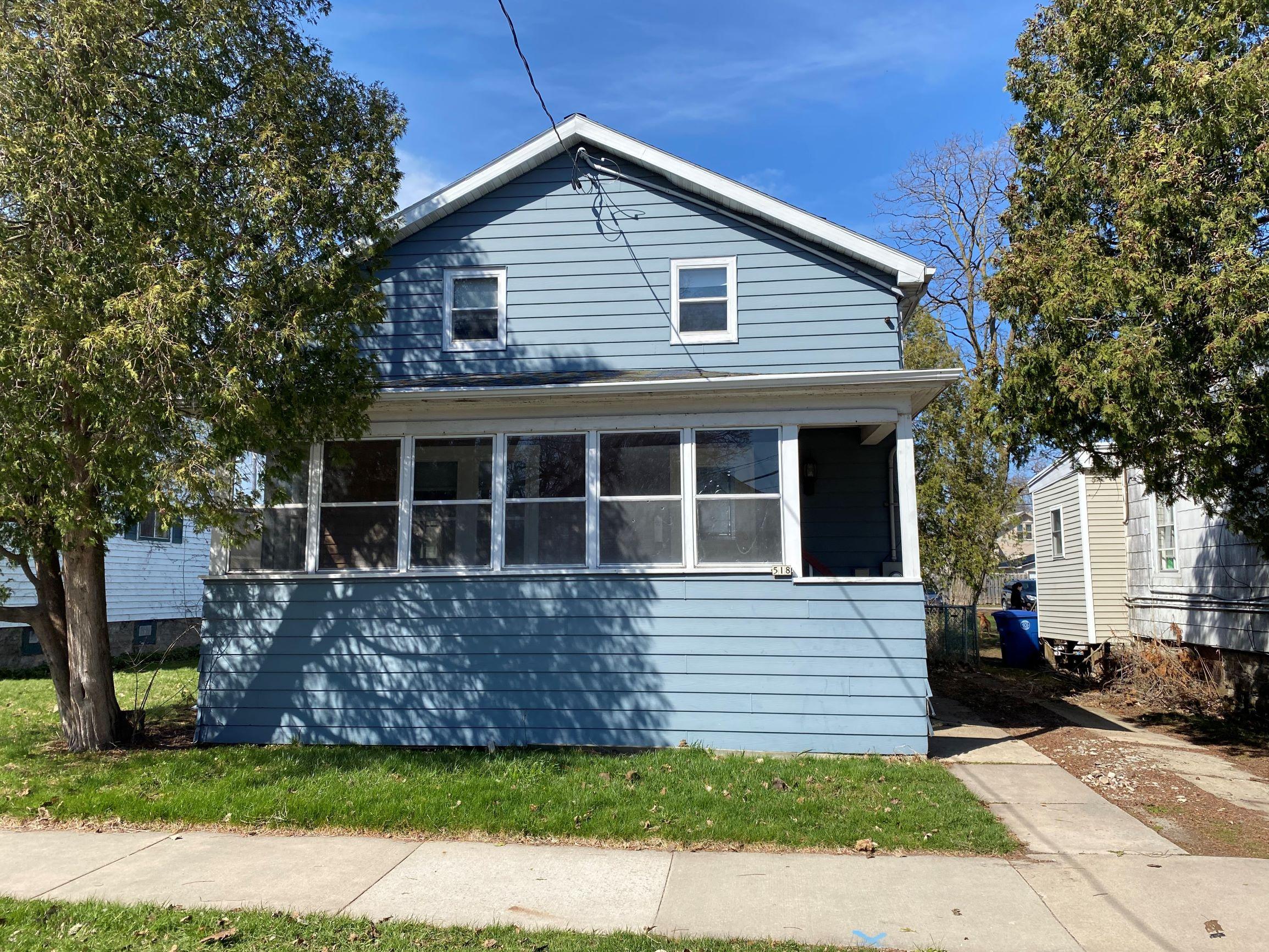518 Ceape Ave, Oshkosh, WI