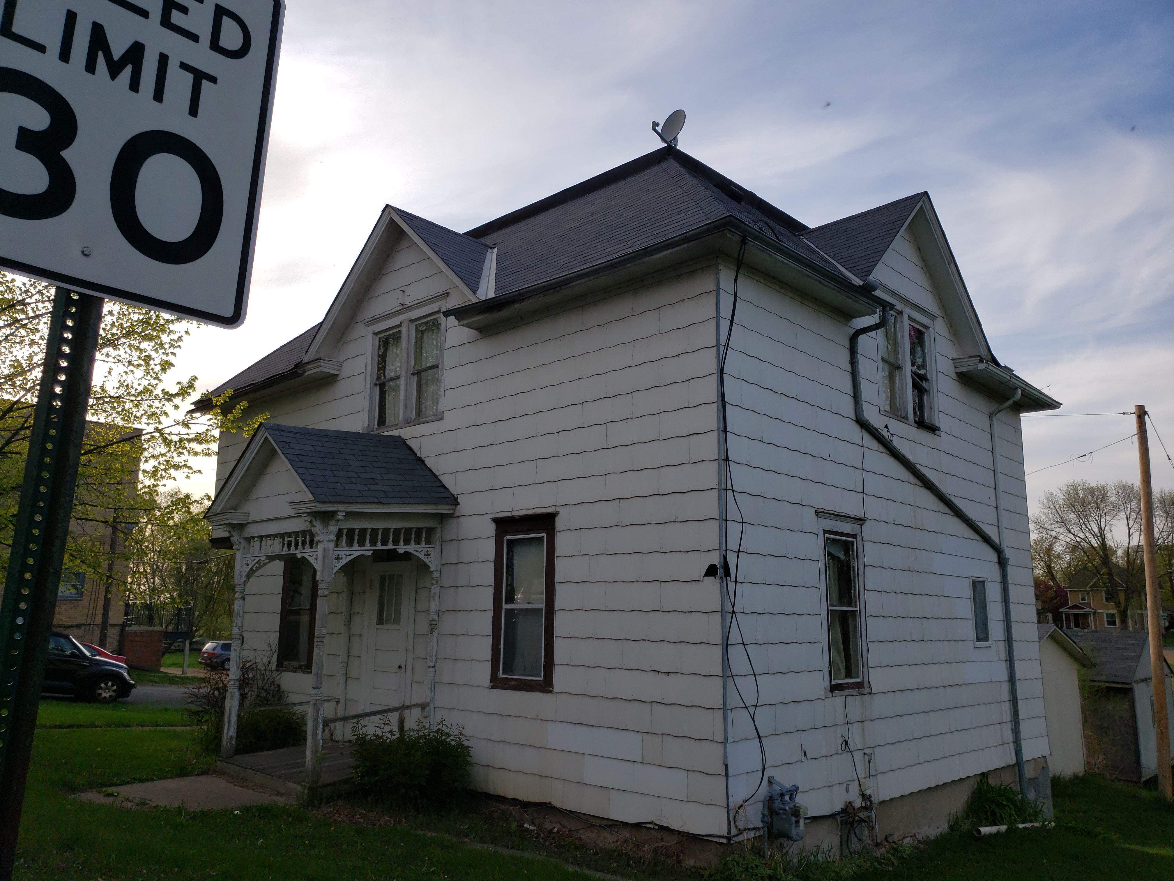 110 Elm Street East (Image - 2)
