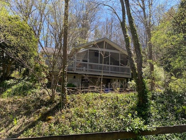 67 Rice Branch Rd, Asheville, NC