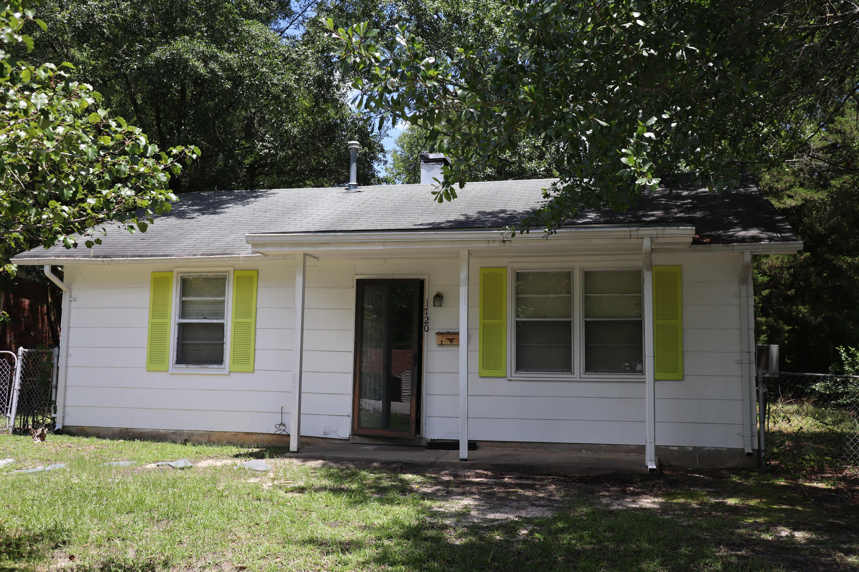 1720 Torrey Dr, Fayetteville, NC