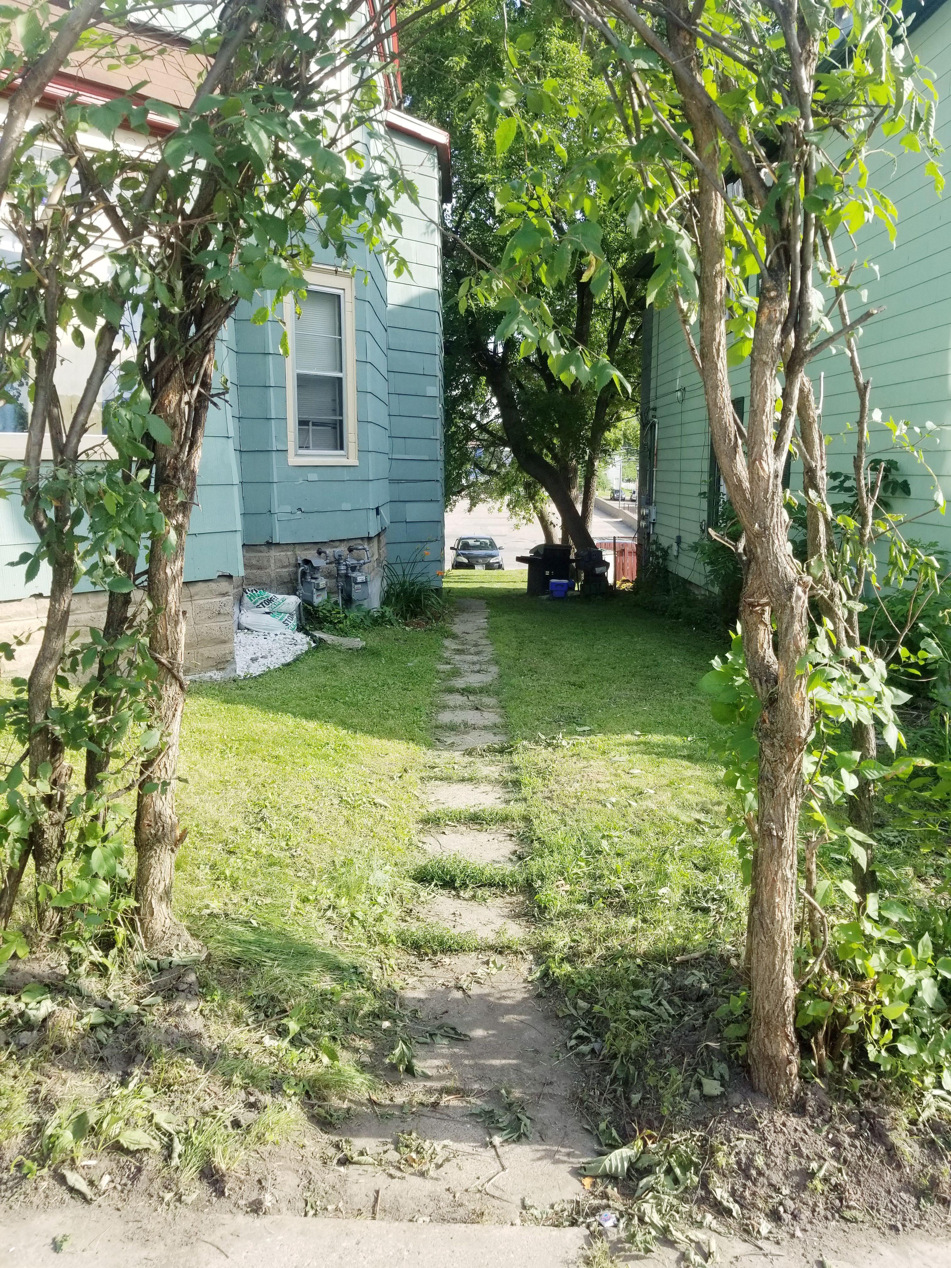 662 Lawson Ave E (Image - 2)