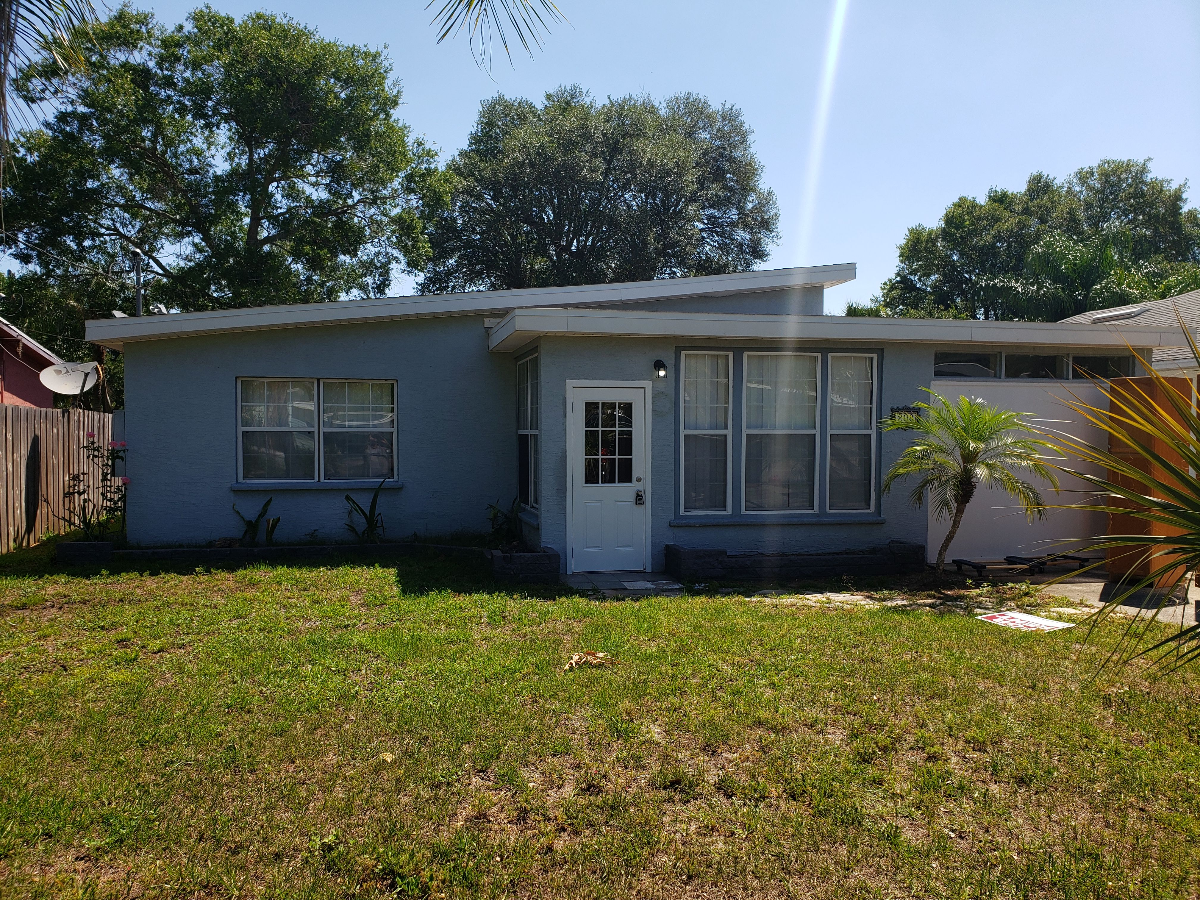 208 Maurice Ave, New Smyrna Beach, FL