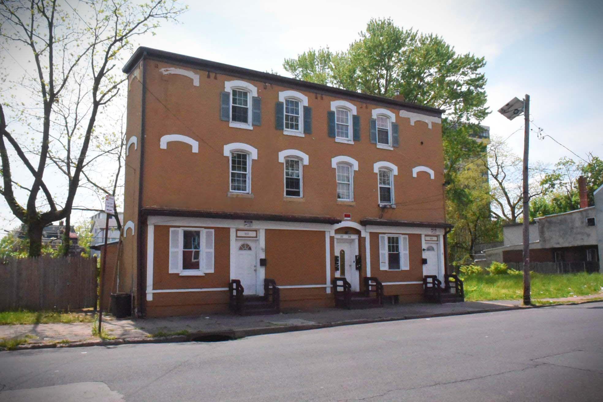 303-305 W Hanover St, Trenton, NJ