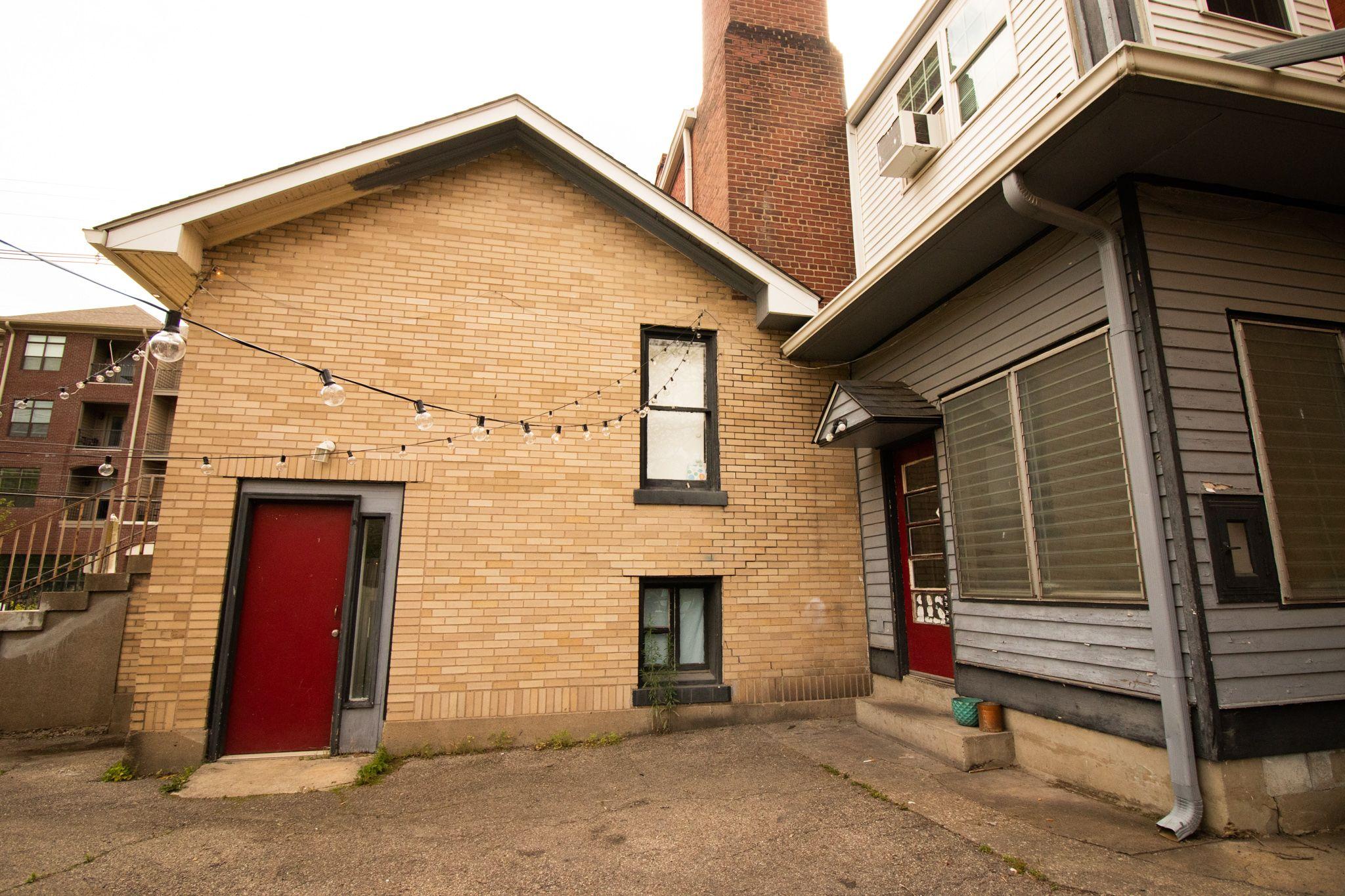 639 Baxter Ave (Image - 2)
