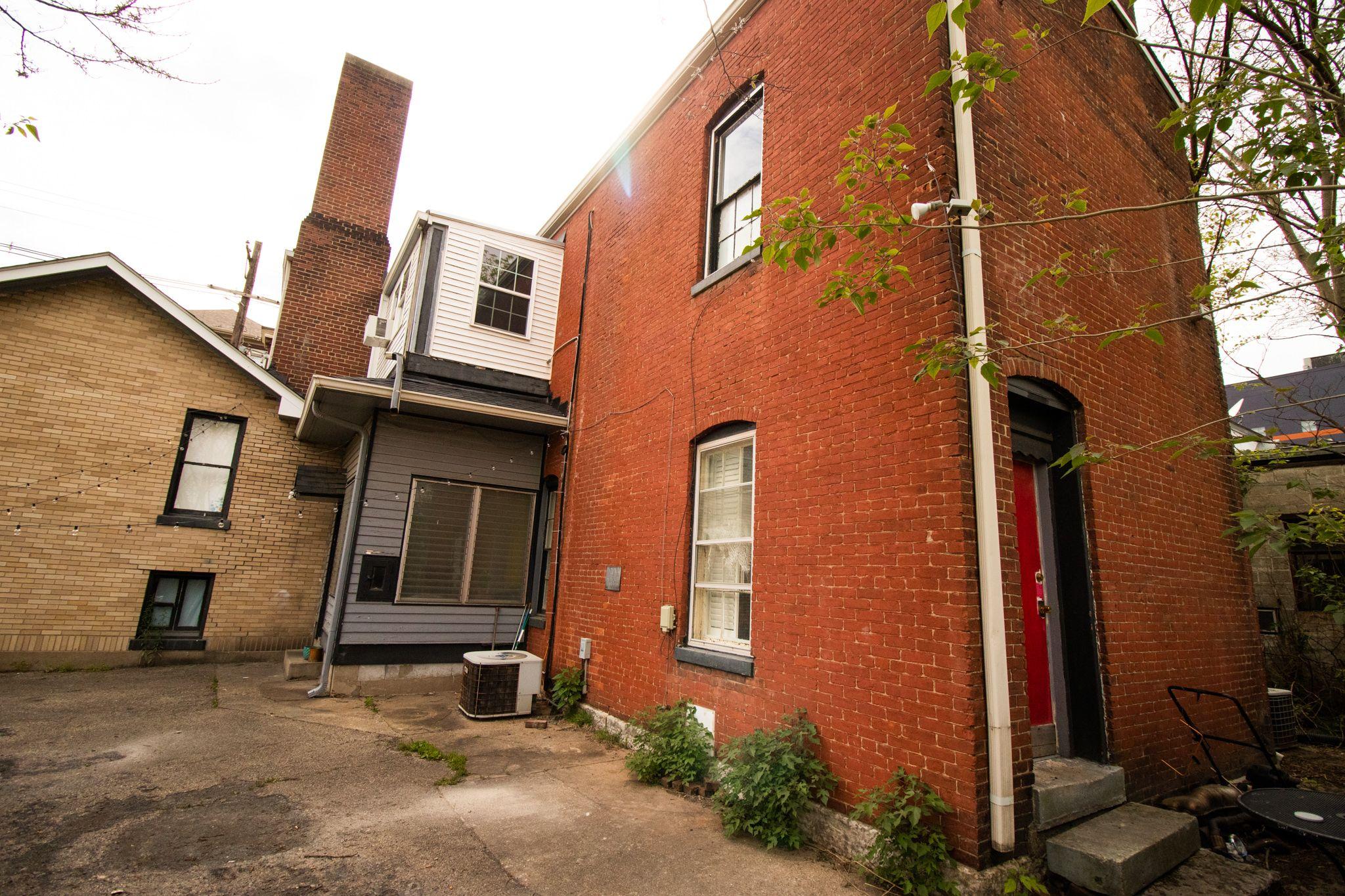 639 Baxter Ave (Image - 3)