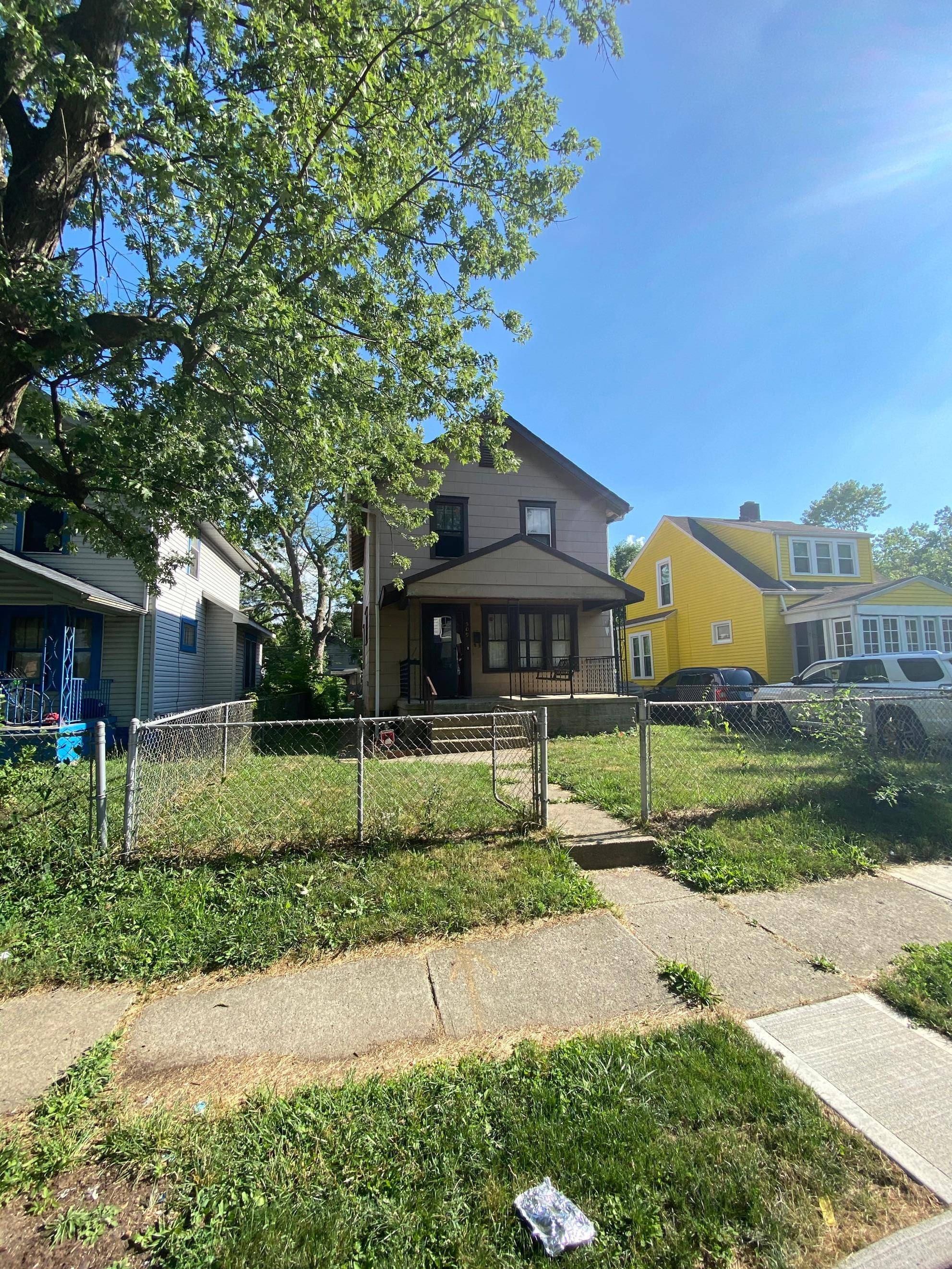 15** Genessee Ave, Columbus, OH