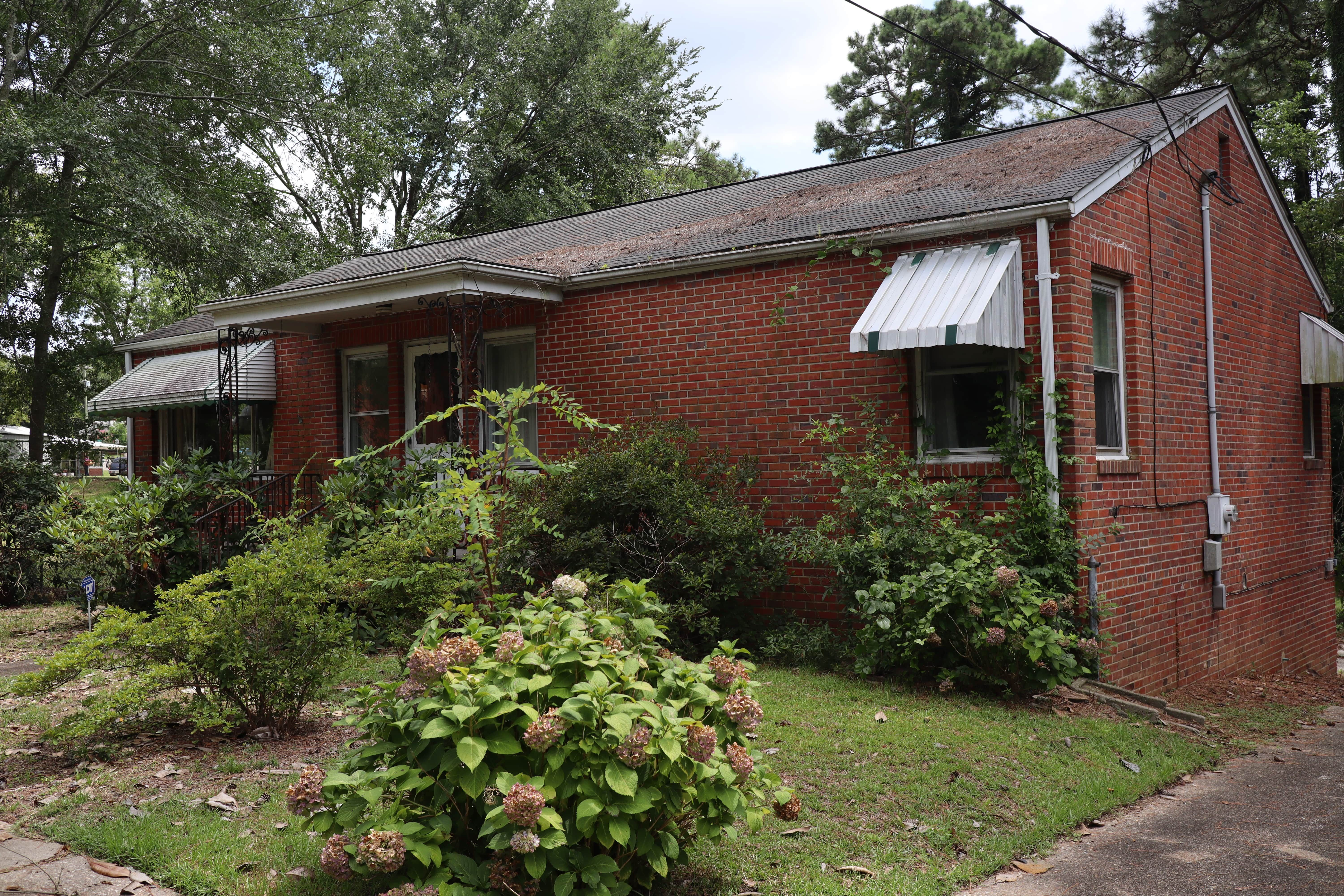 403 Trinity Dr, Fayetteville, NC