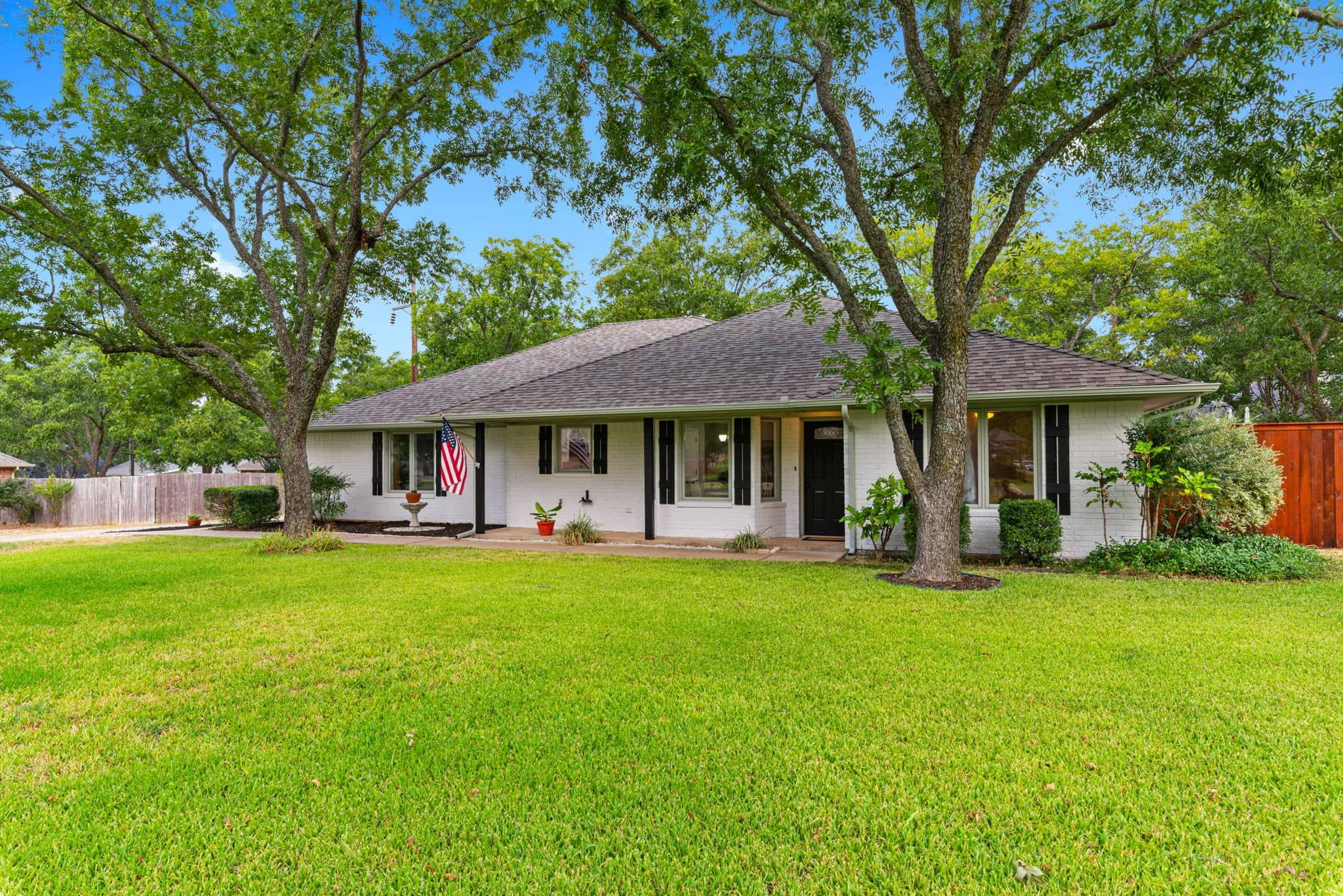9002 Hickory Hill Dr (Image - 2)