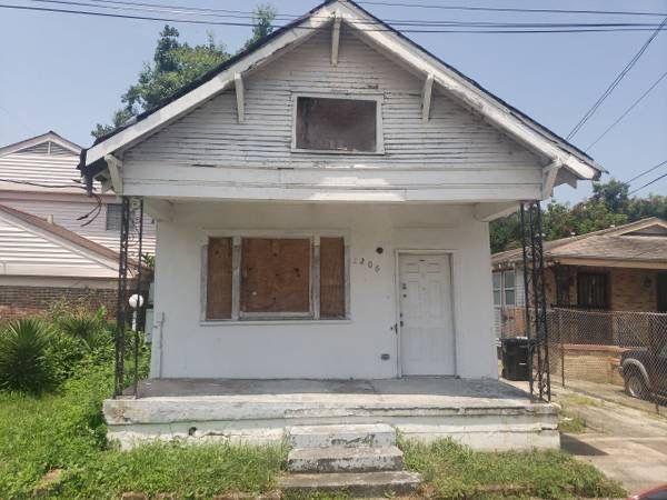2206 Mandeville St, New Orleans, LA