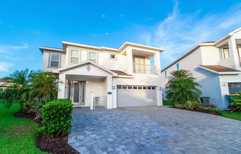701 Lasso Dr, Kissimmee, FL