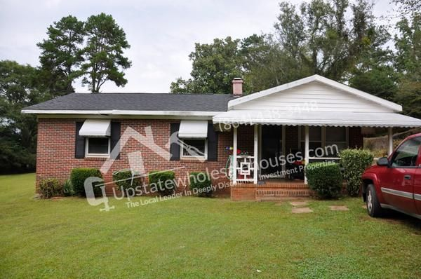 144 Broad St, Wellford, SC