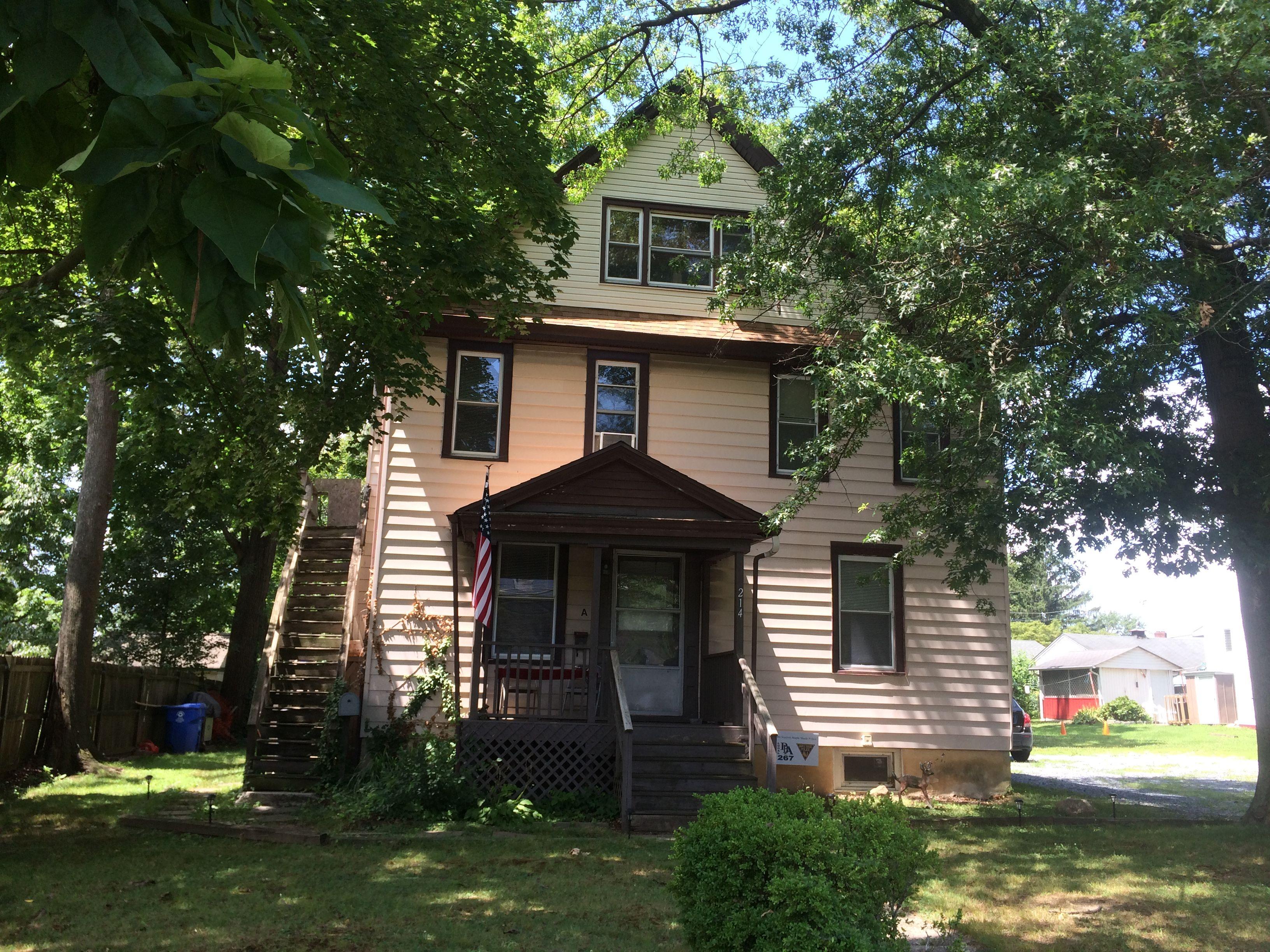 214 N Forklanding Rd, Maple Shade Township, NJ