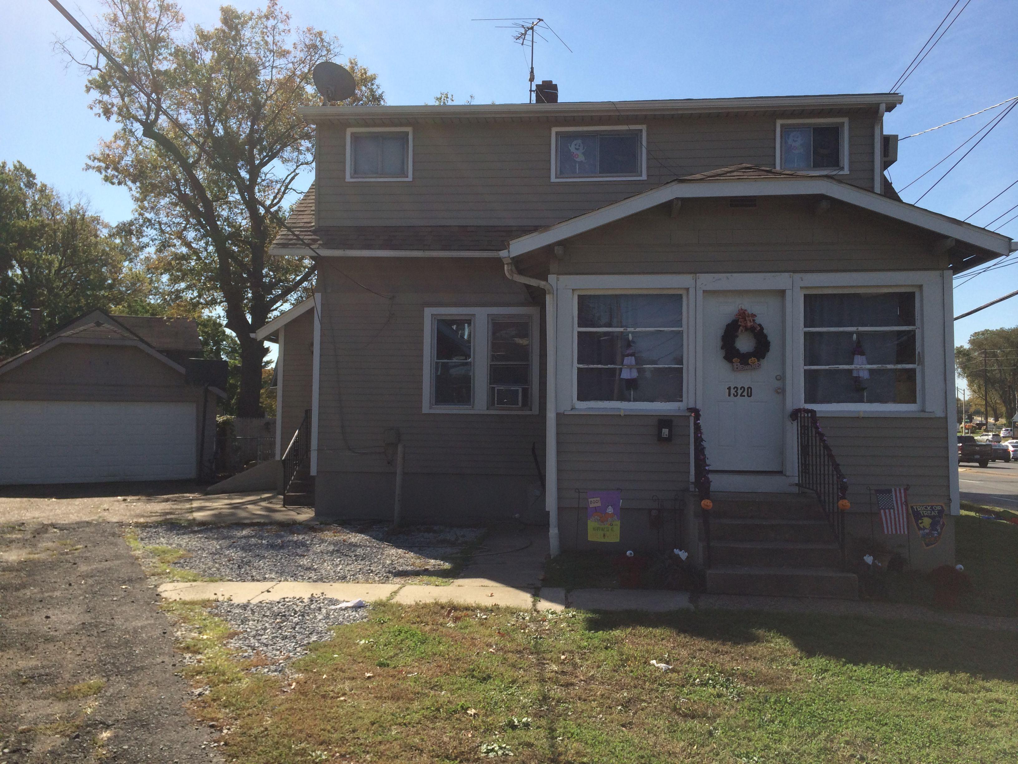 1320 Elm Ave (Image - 1)
