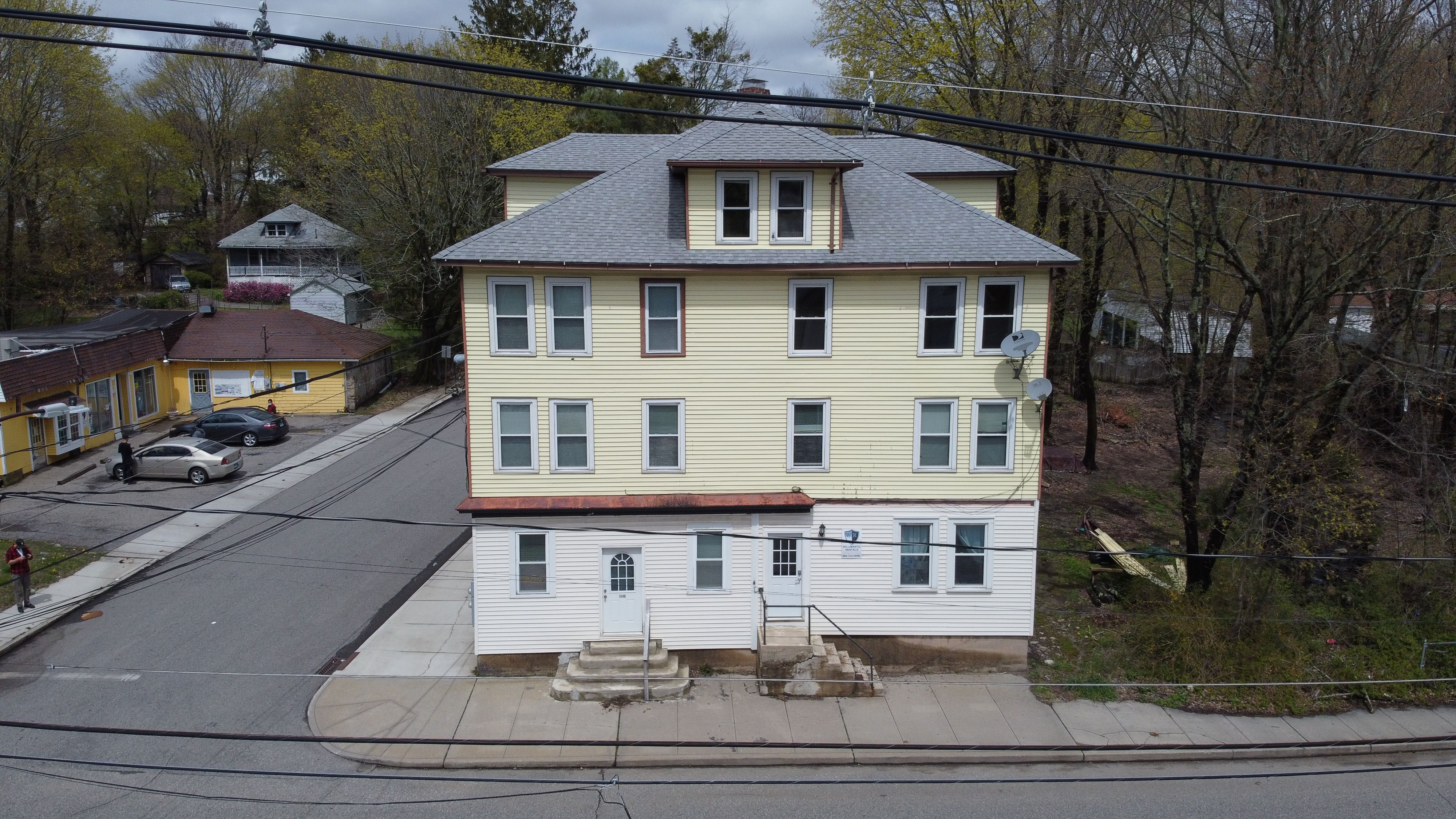 369 Valley St, Willimantic, CT