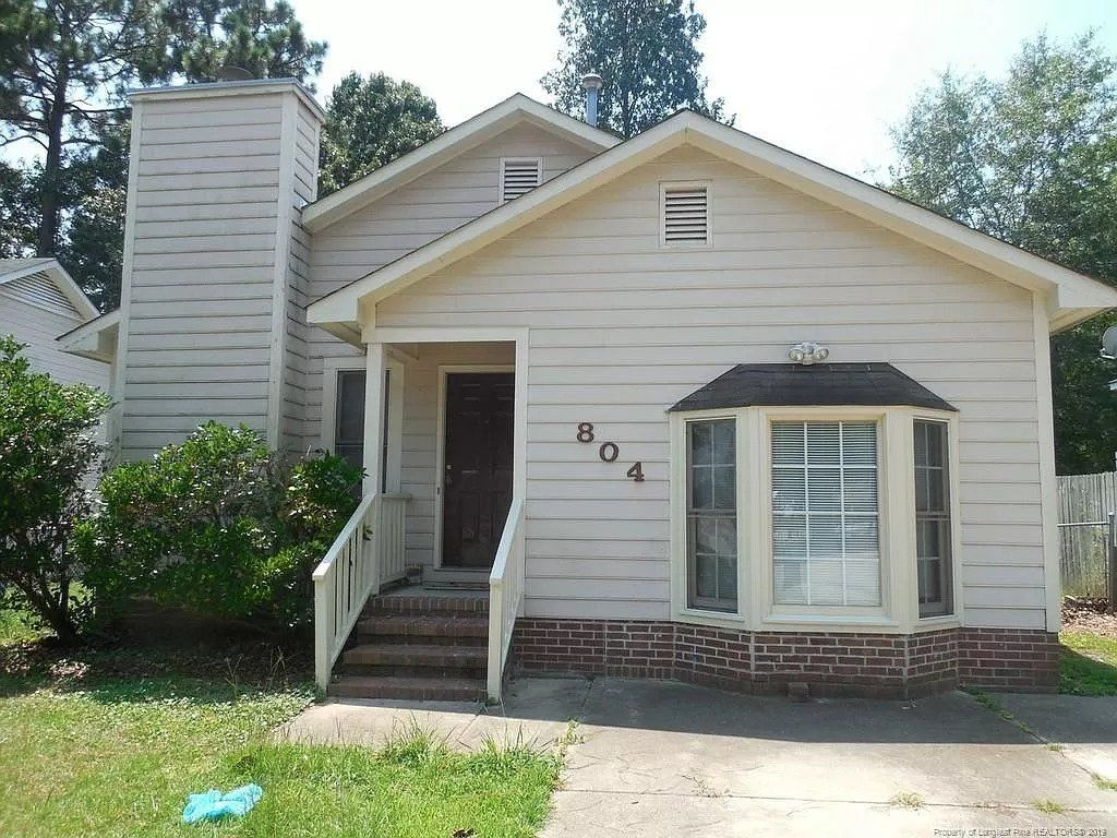 804 Glen Reilly Dr, Fayetteville, NC