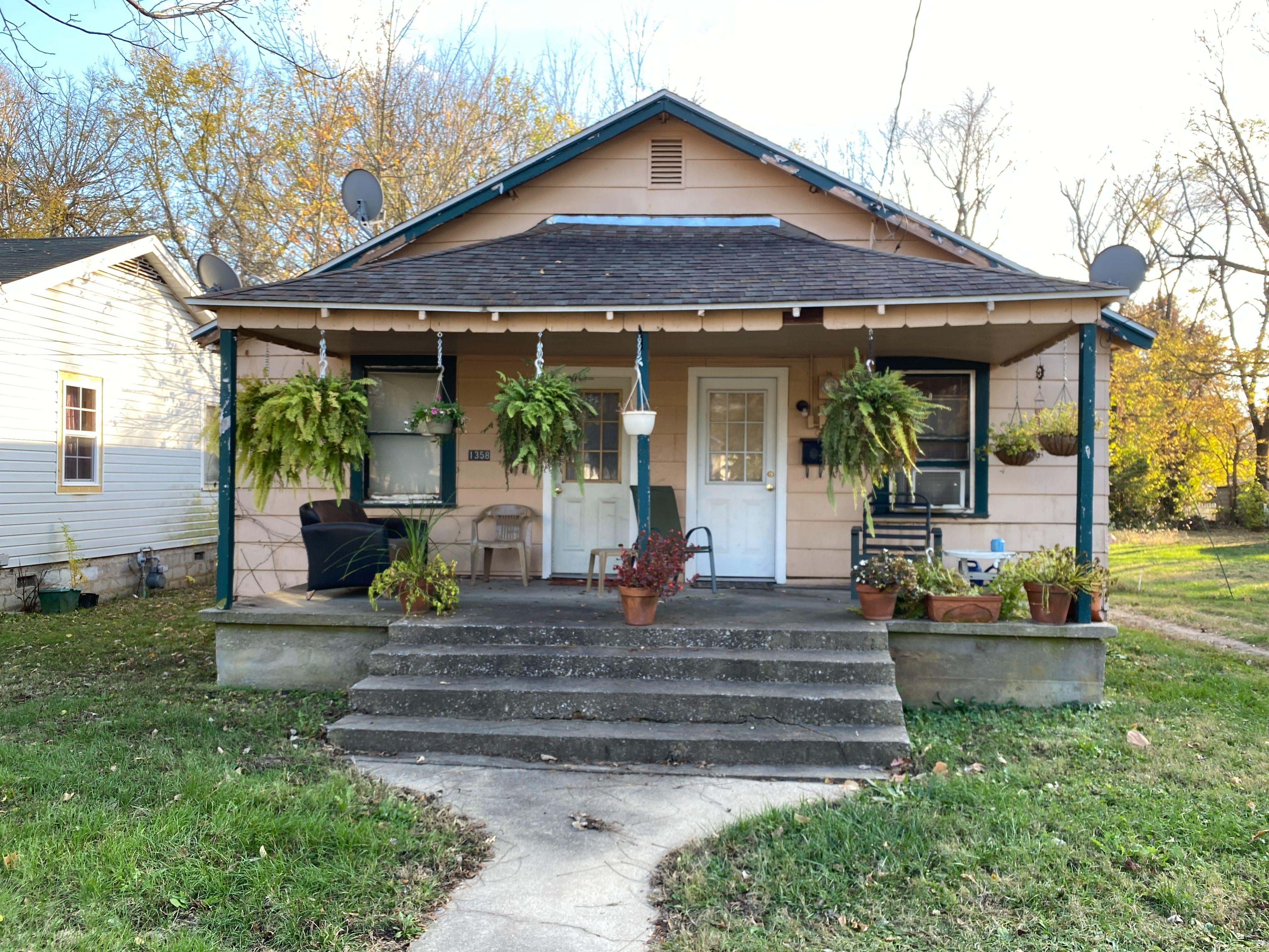 1358 E Blaine St, Springfield, MO