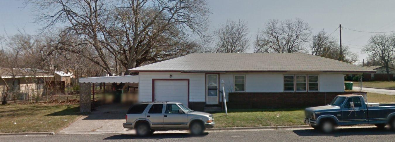 513 Lasalle St, Bowie, TX