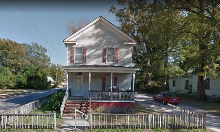809 N McLewean St, Kinston, NC