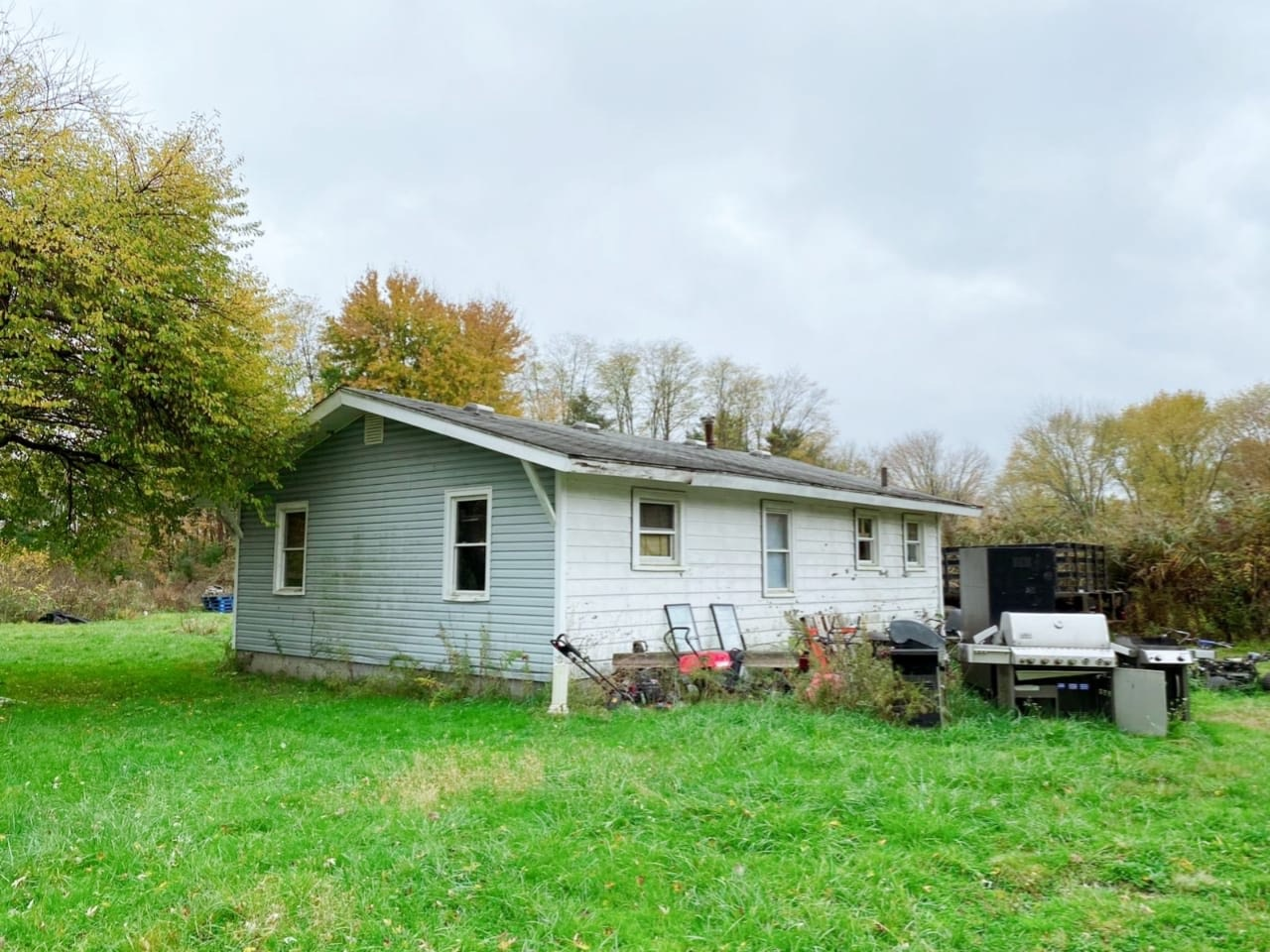 1737 Eastern Rd, Norton, OH