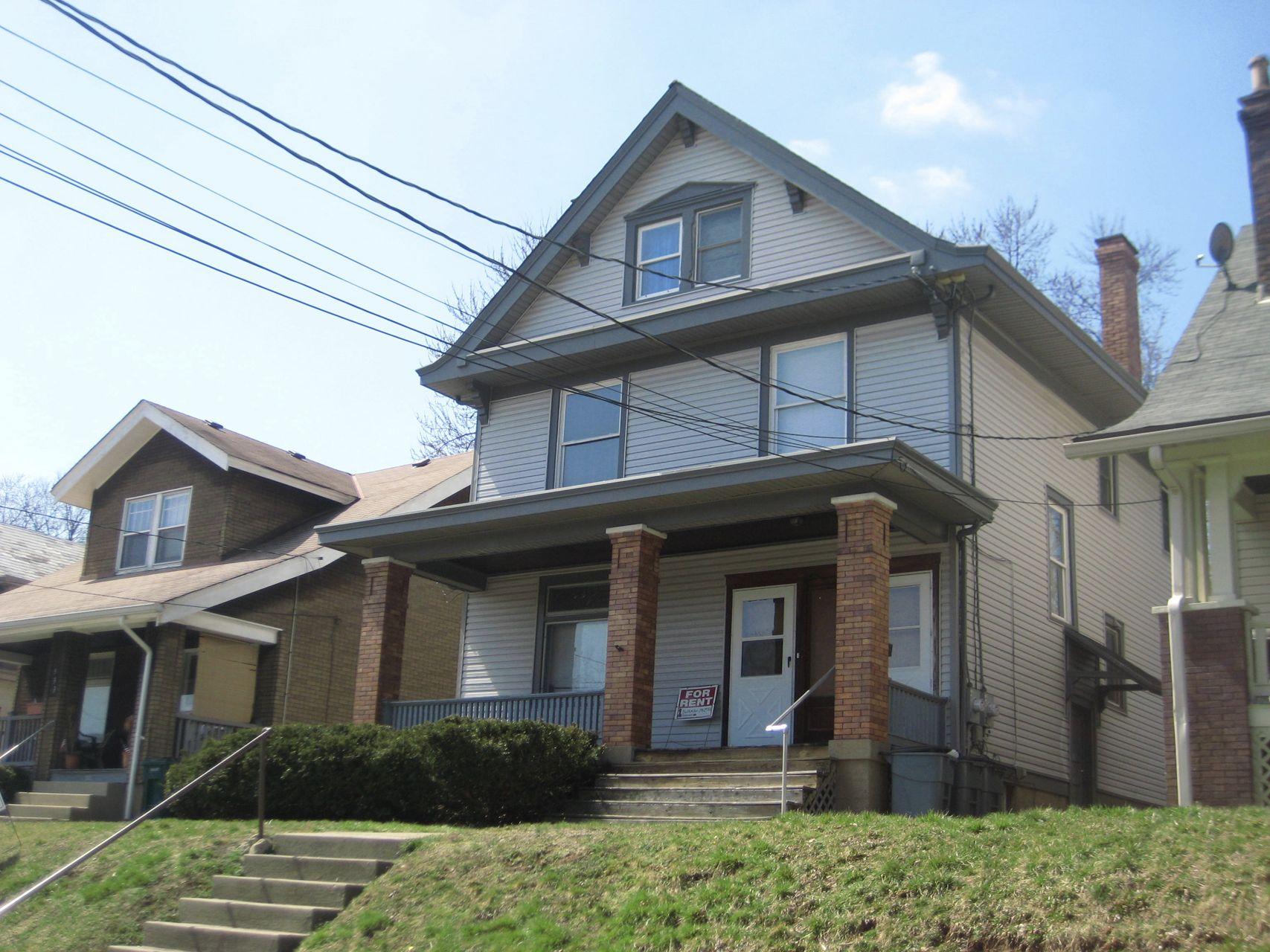 937 Seton Ave, Cincinnati, OH