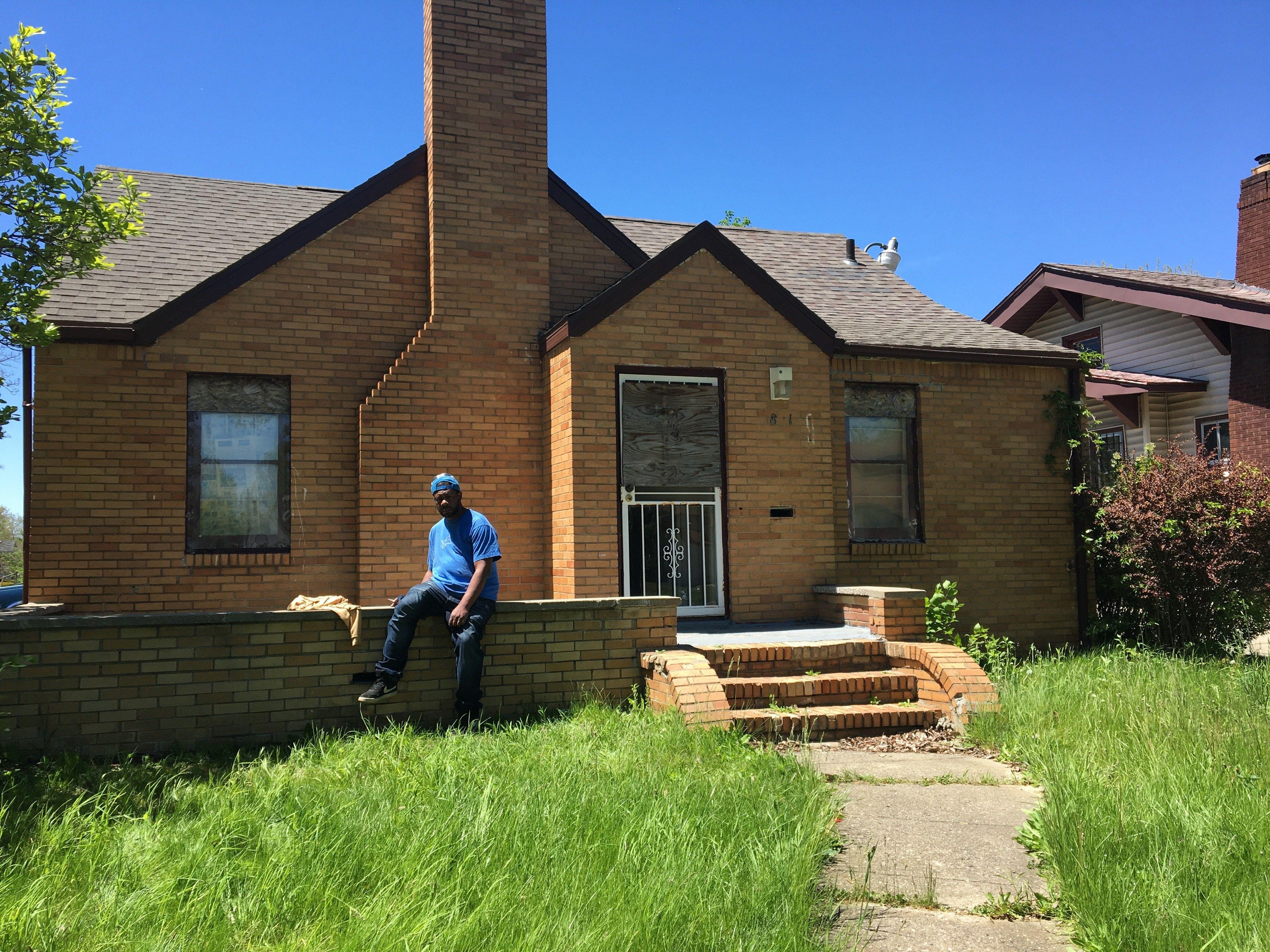 2801 Martin Luther King Junior, Lansing, MI