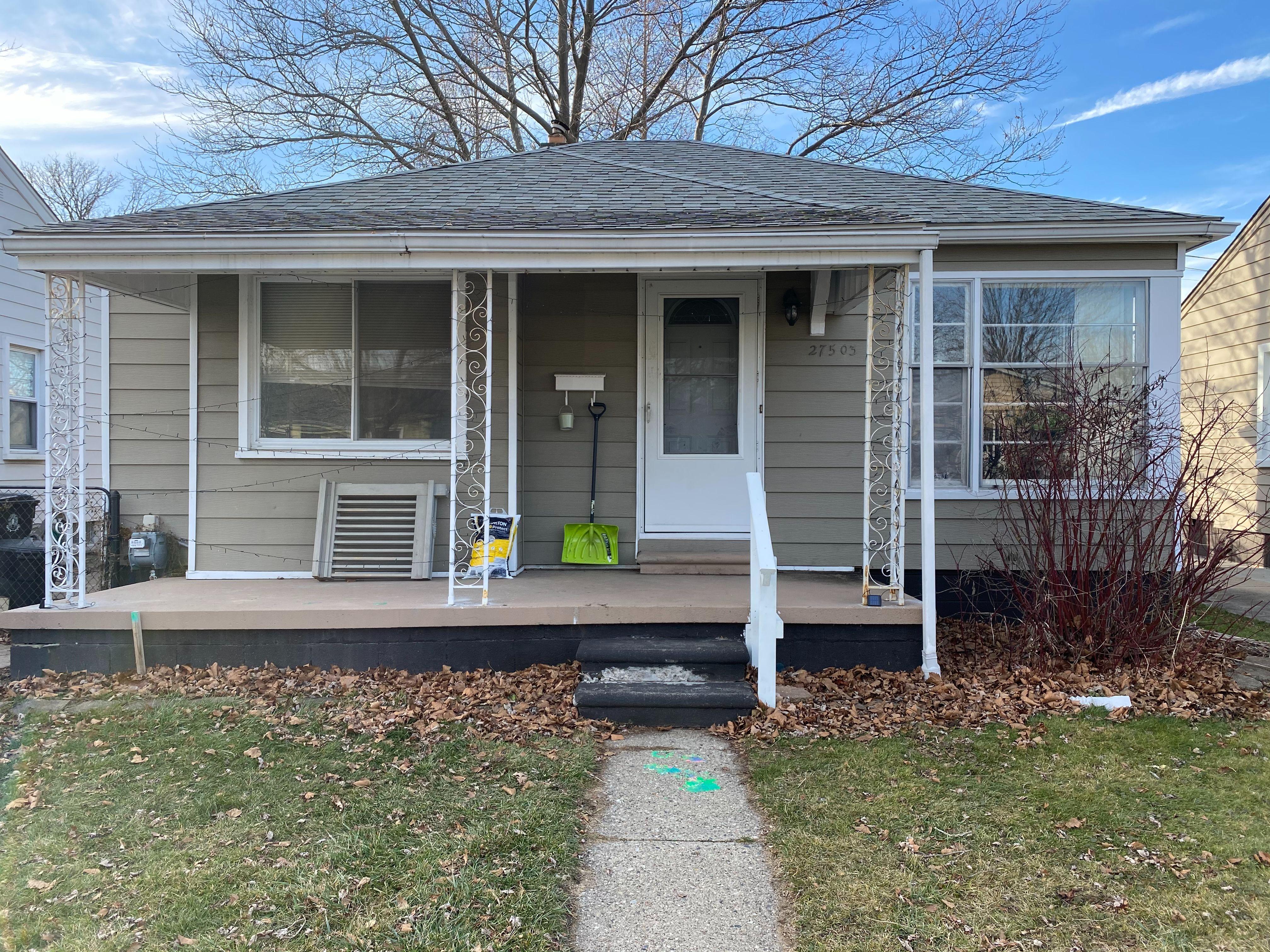 27503 Oneil St, Roseville, MI