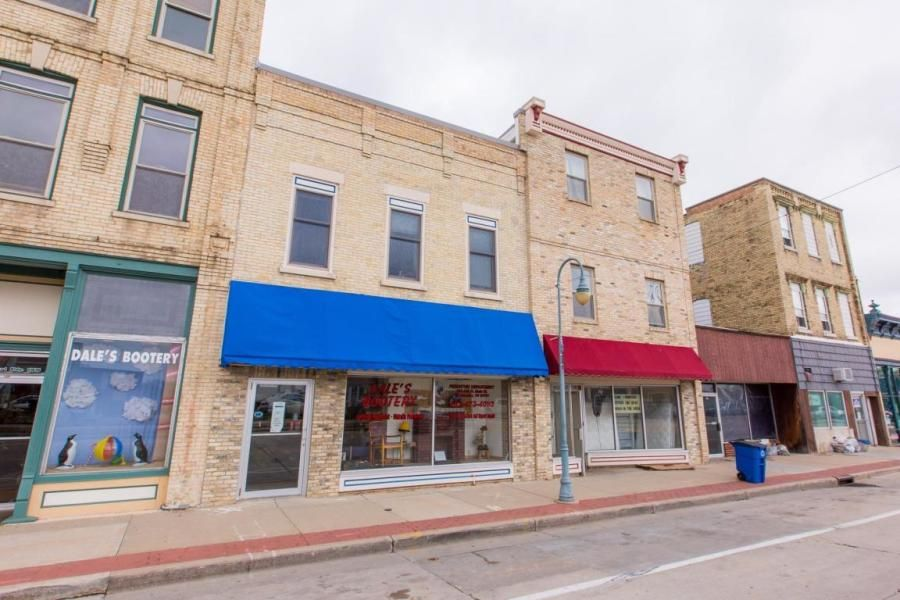 151 W Main St, Whitewater, WI