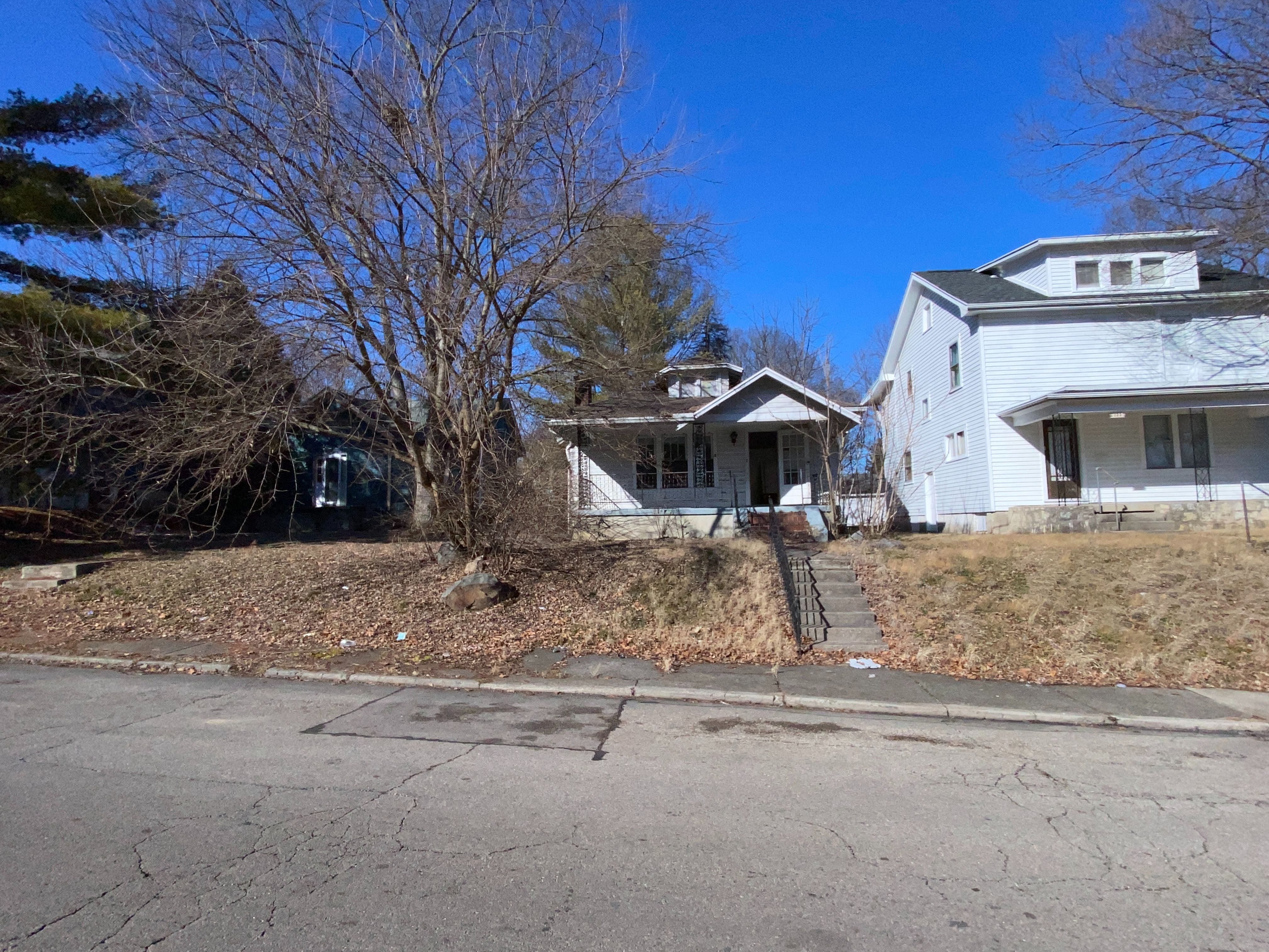 129 E Hudson Ave, Dayton, OH