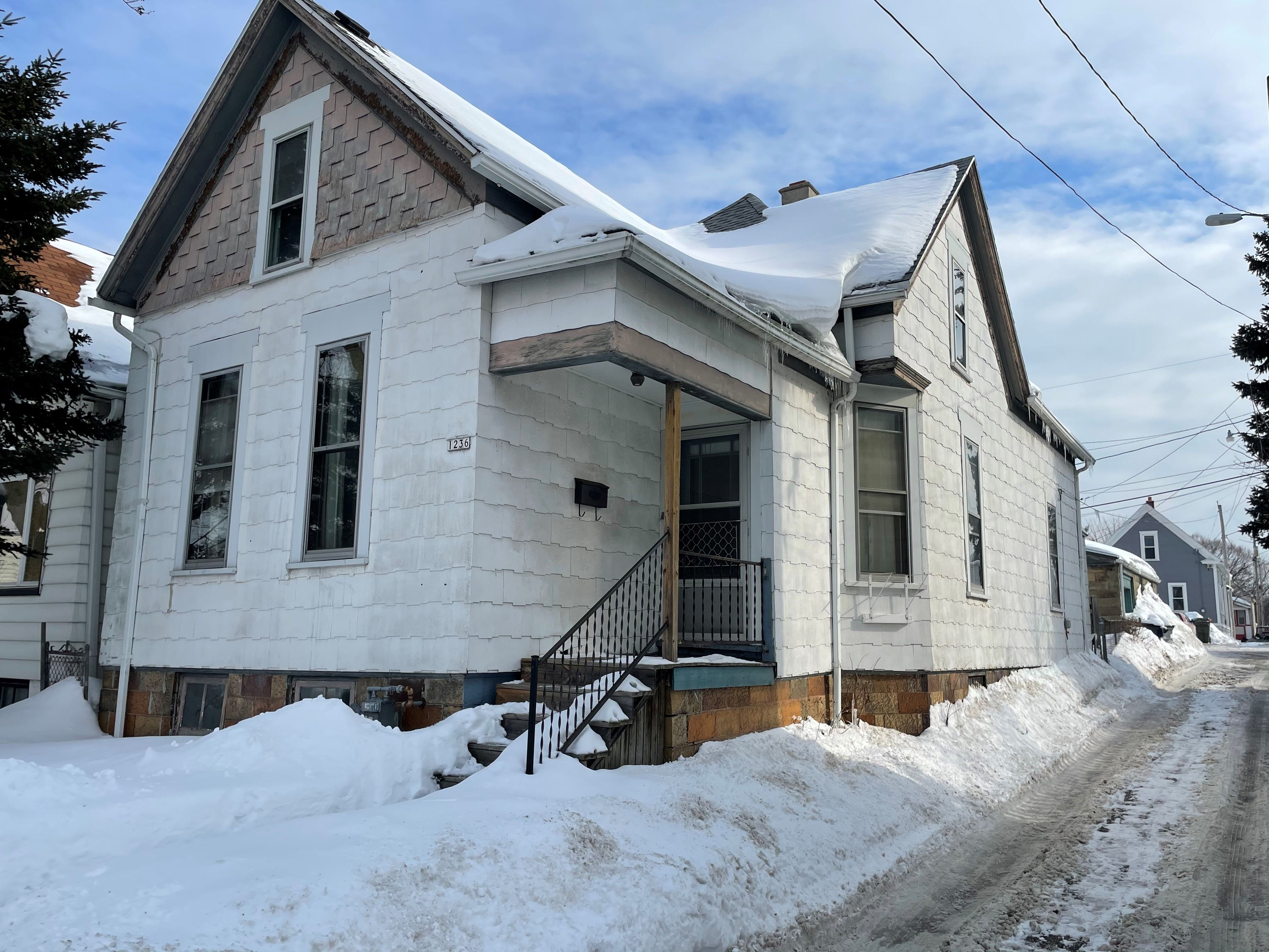 1236 S 33rd St (Image - 1)