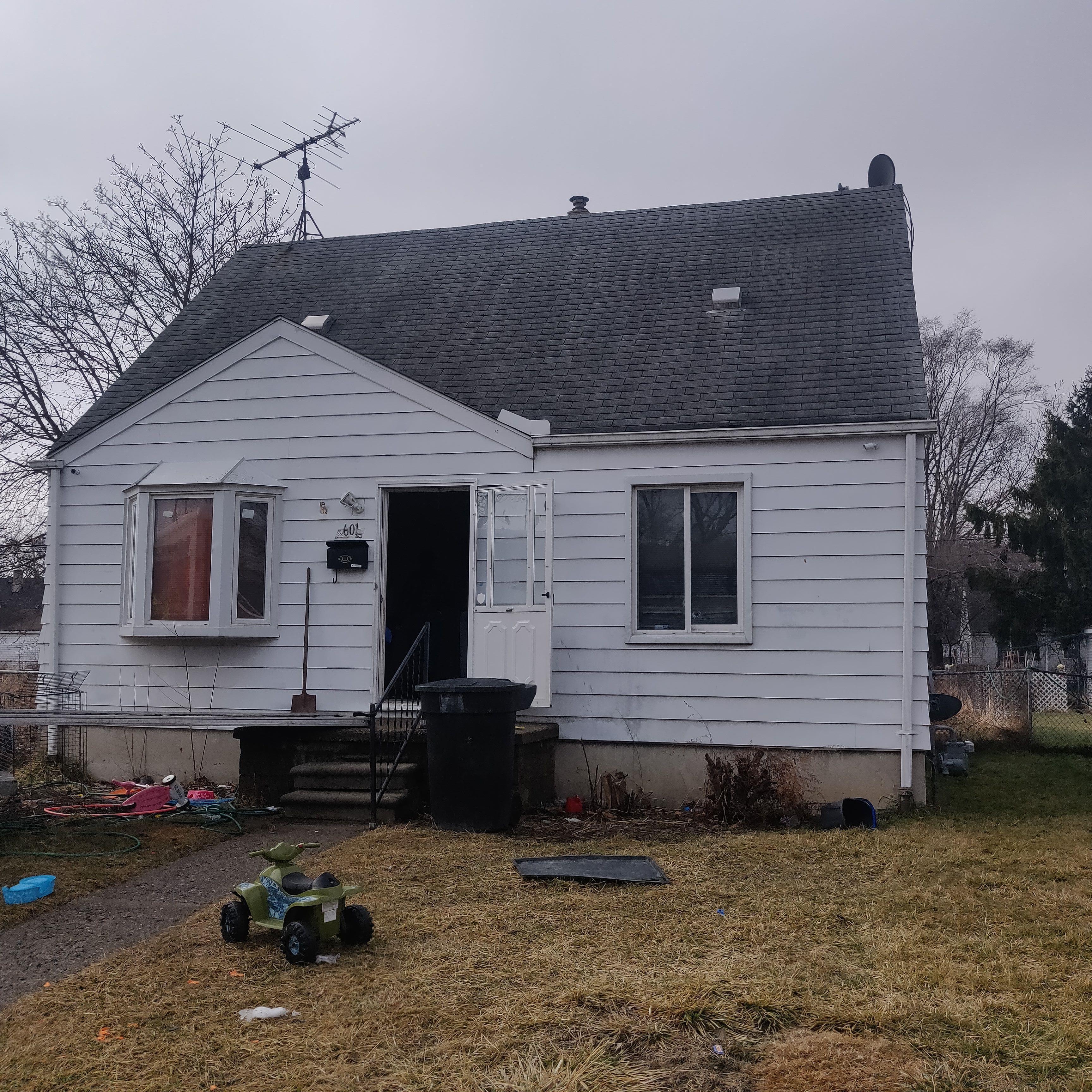 8601 Heyden, Detroit, MI
