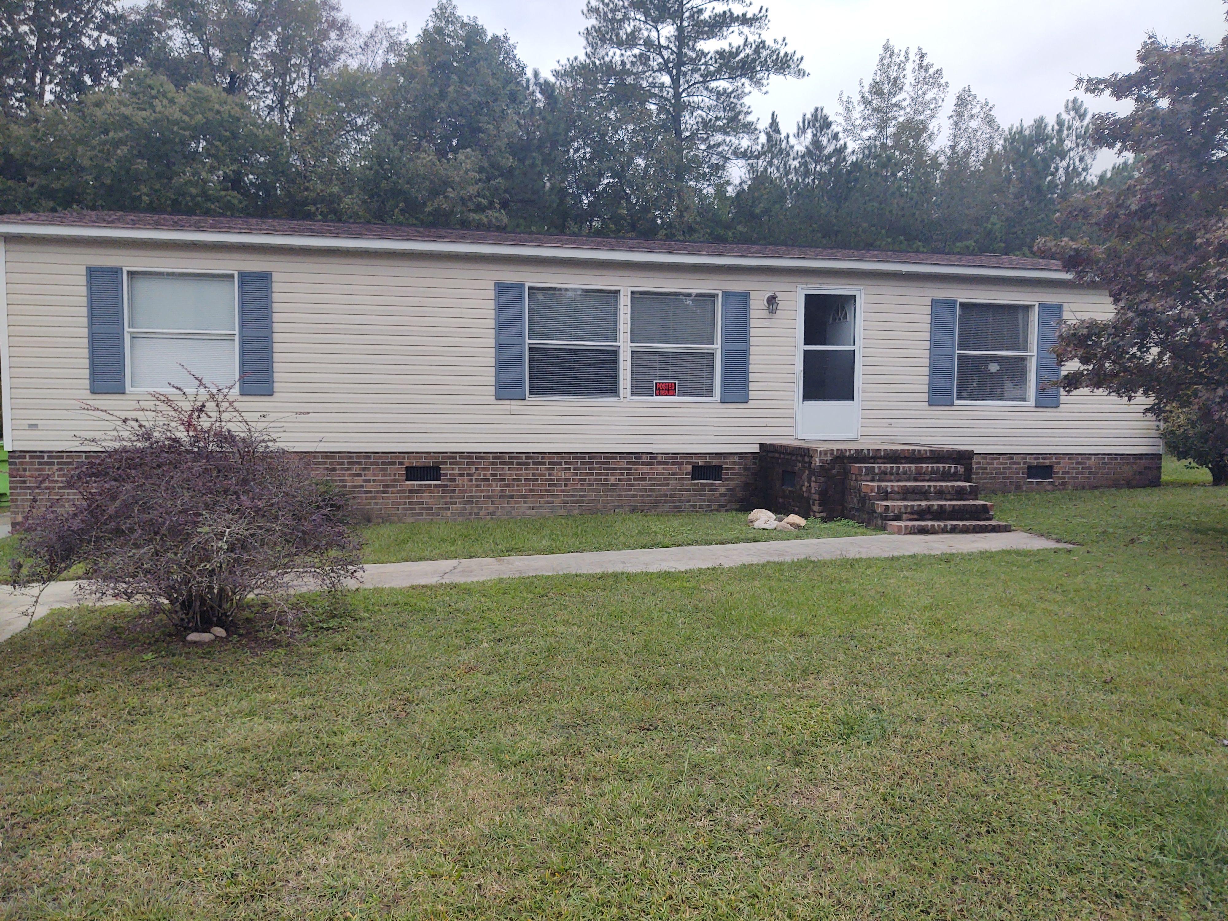 272 Wendover Ln, Roanoke Rapids, NC