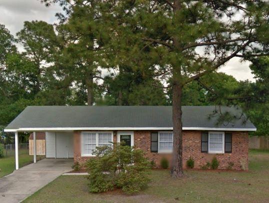 1721 Merry Oaks Dr, Fayetteville, NC