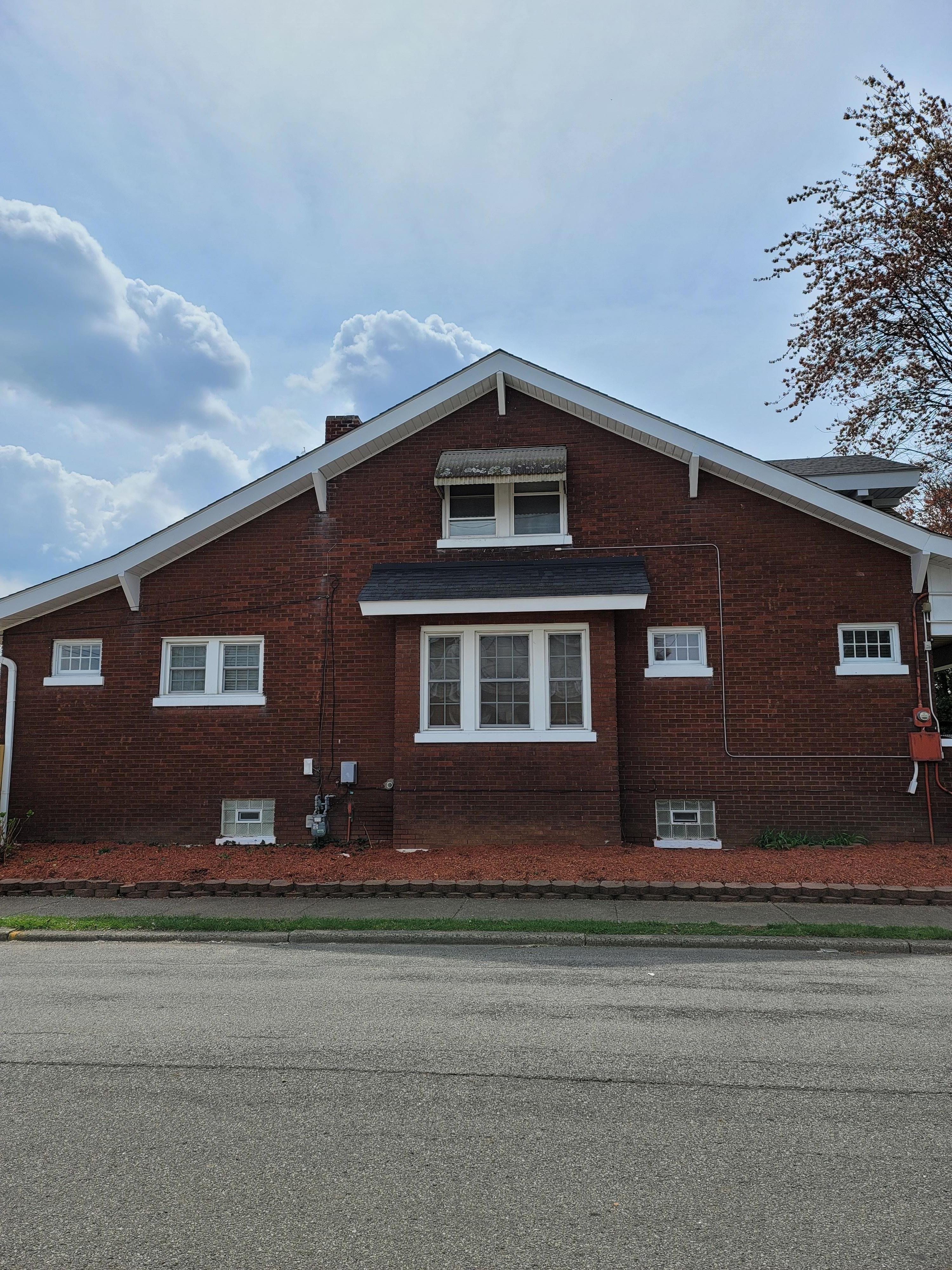 3641 Taylor Blvd, Louisville, KY