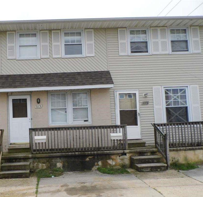 674 - 676 Carolyn Terrace, Atlantic City, NJ