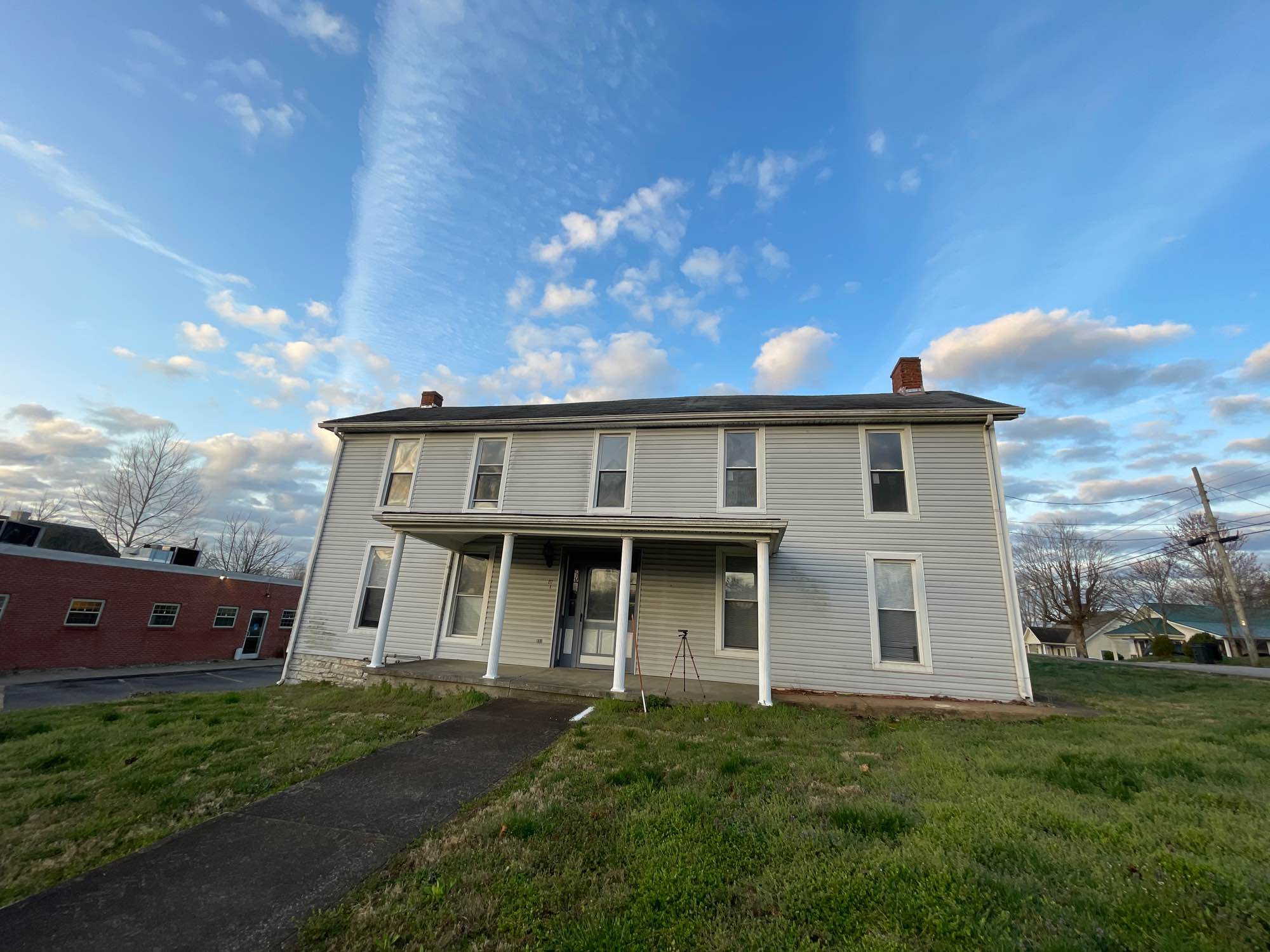 217 N Washington St, Munfordville, KY