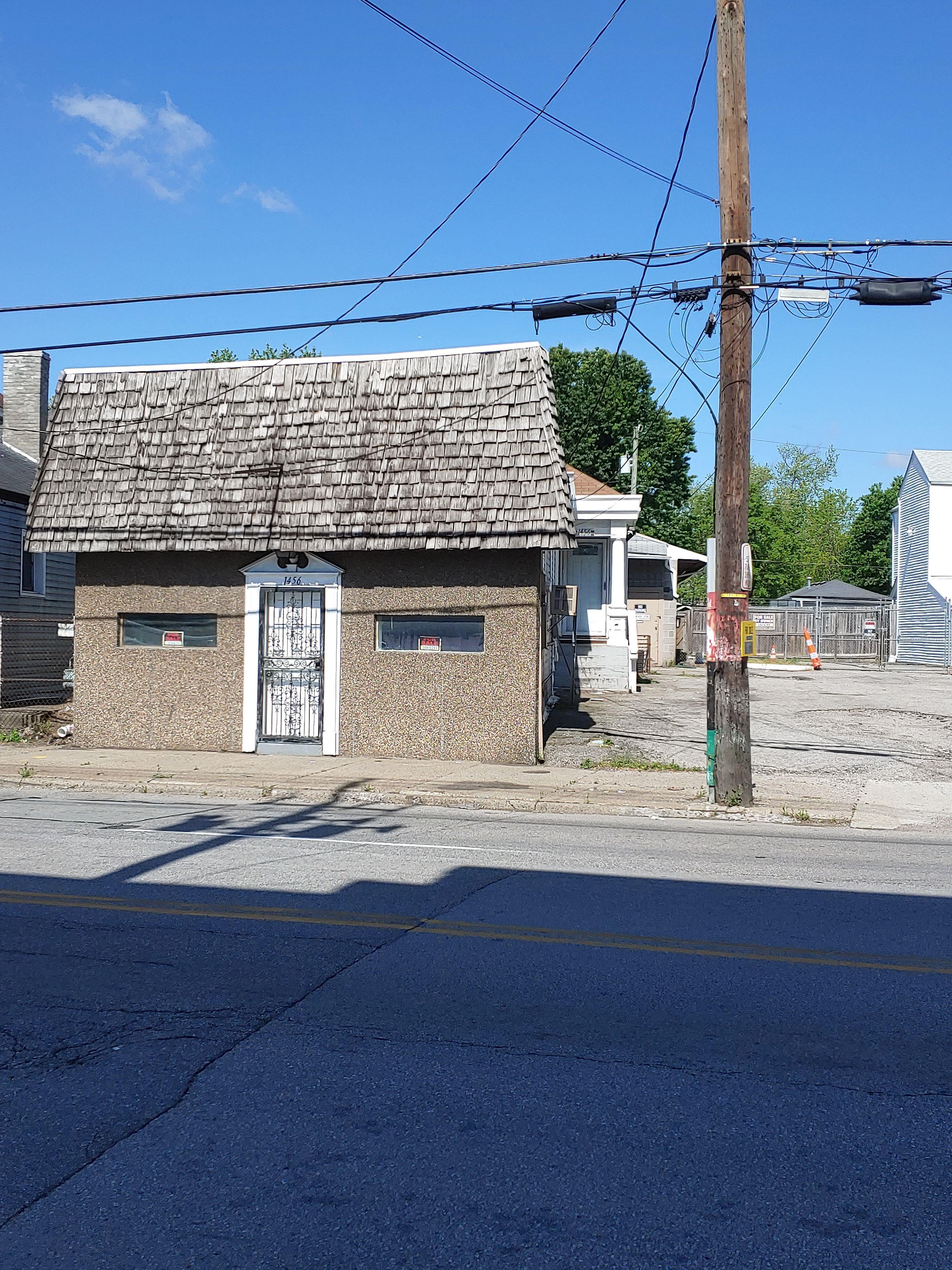 1456 S 7th St, Louisville, KY