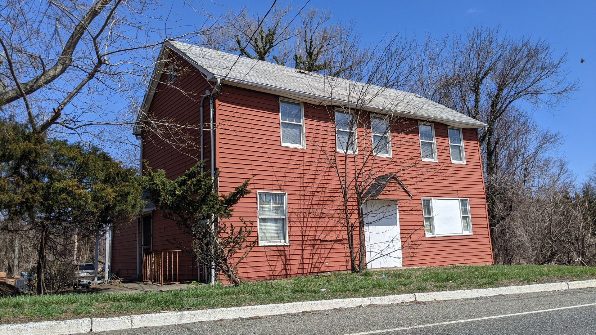 2121 NJ-35, Holmdel, NJ