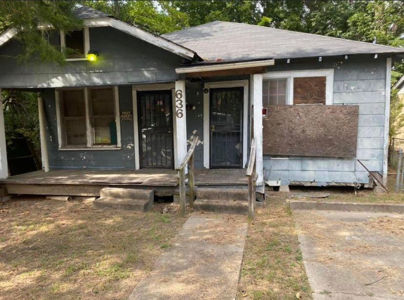 636 Carson St<br />Greenville, MS