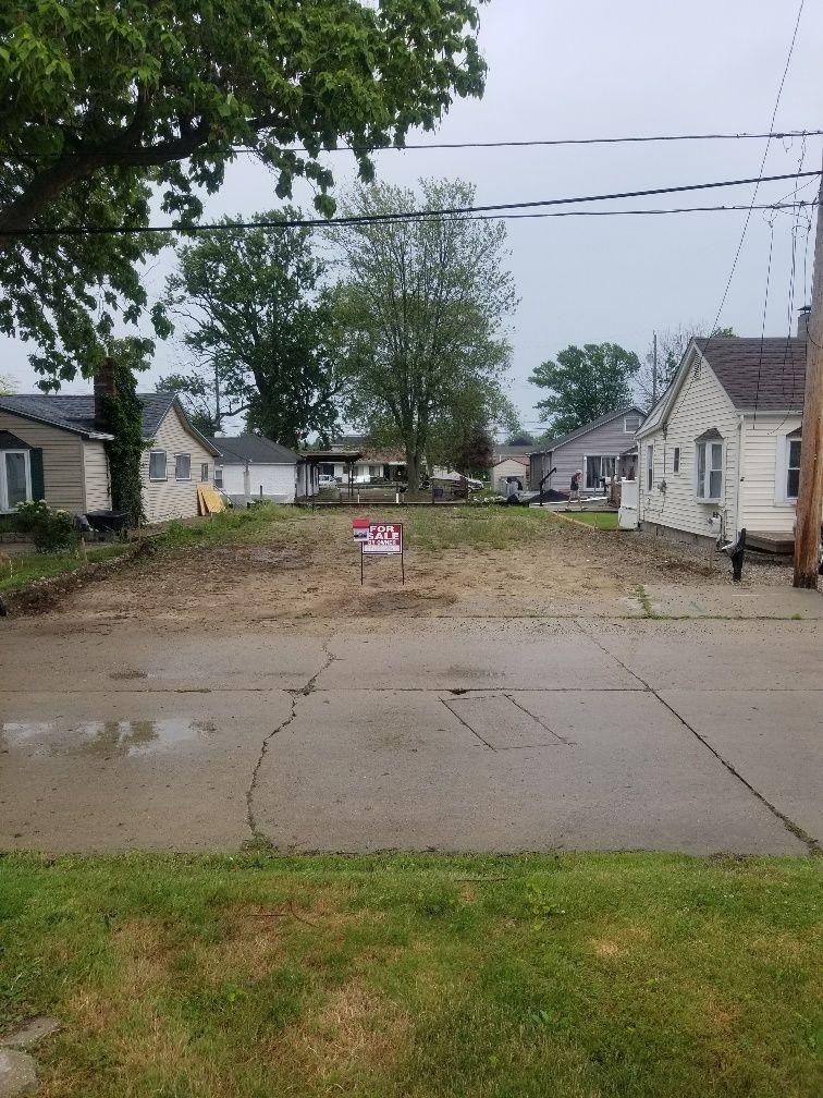 37924 Maplehill St, Harrison Township, MI