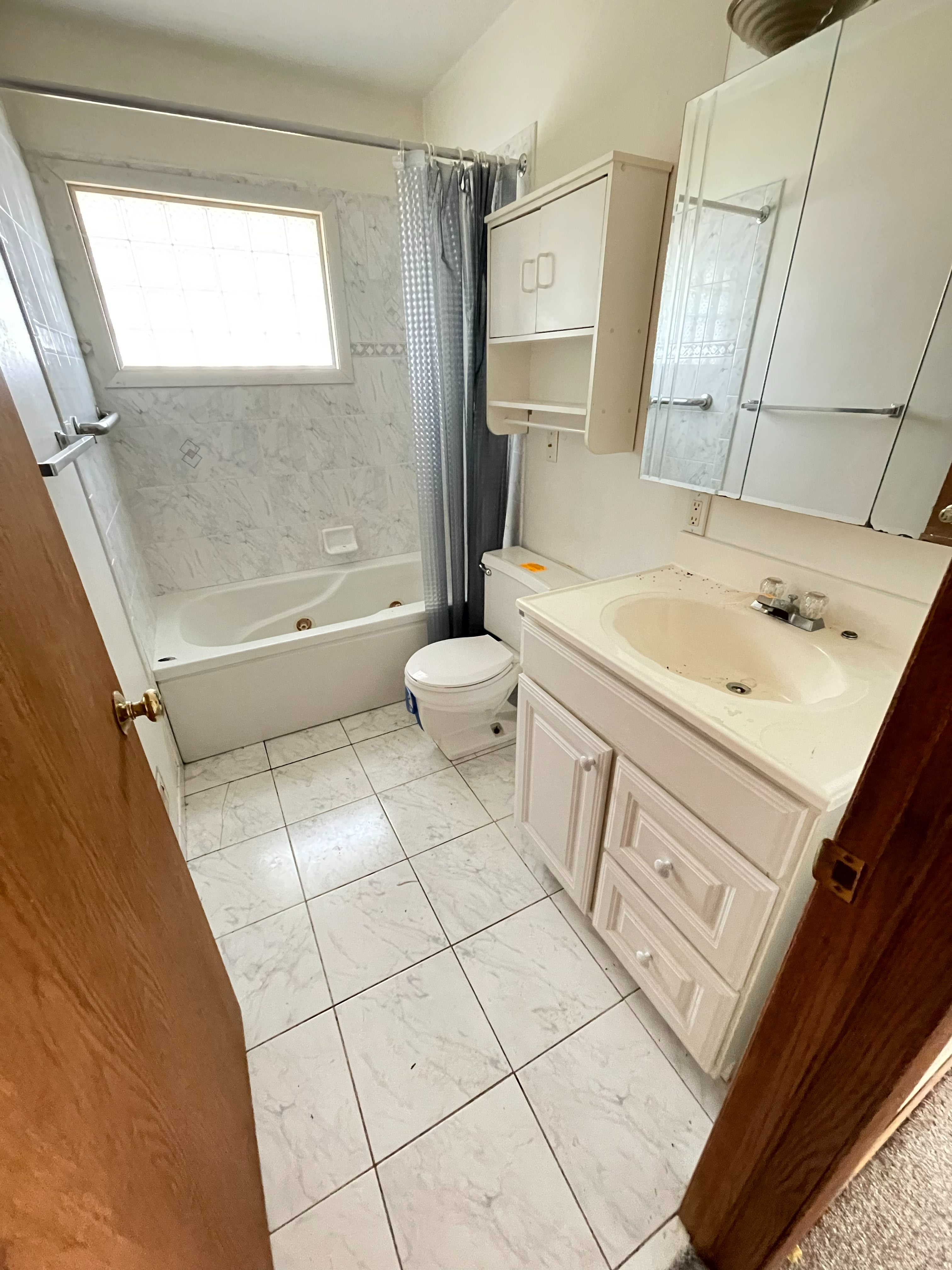 808 Newell Dr (Image - 3)