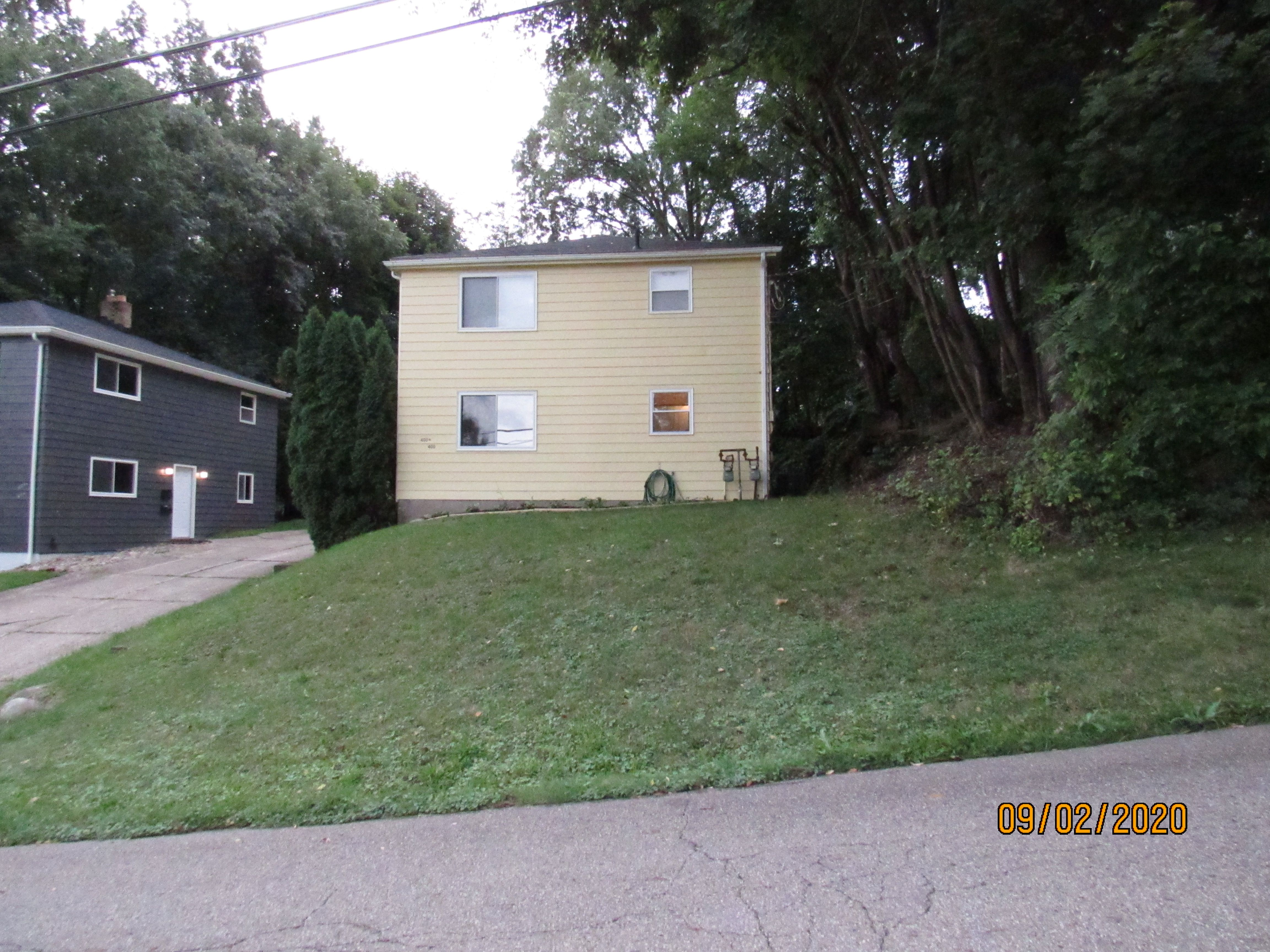 400 E Lake Ave, Barberton, OH