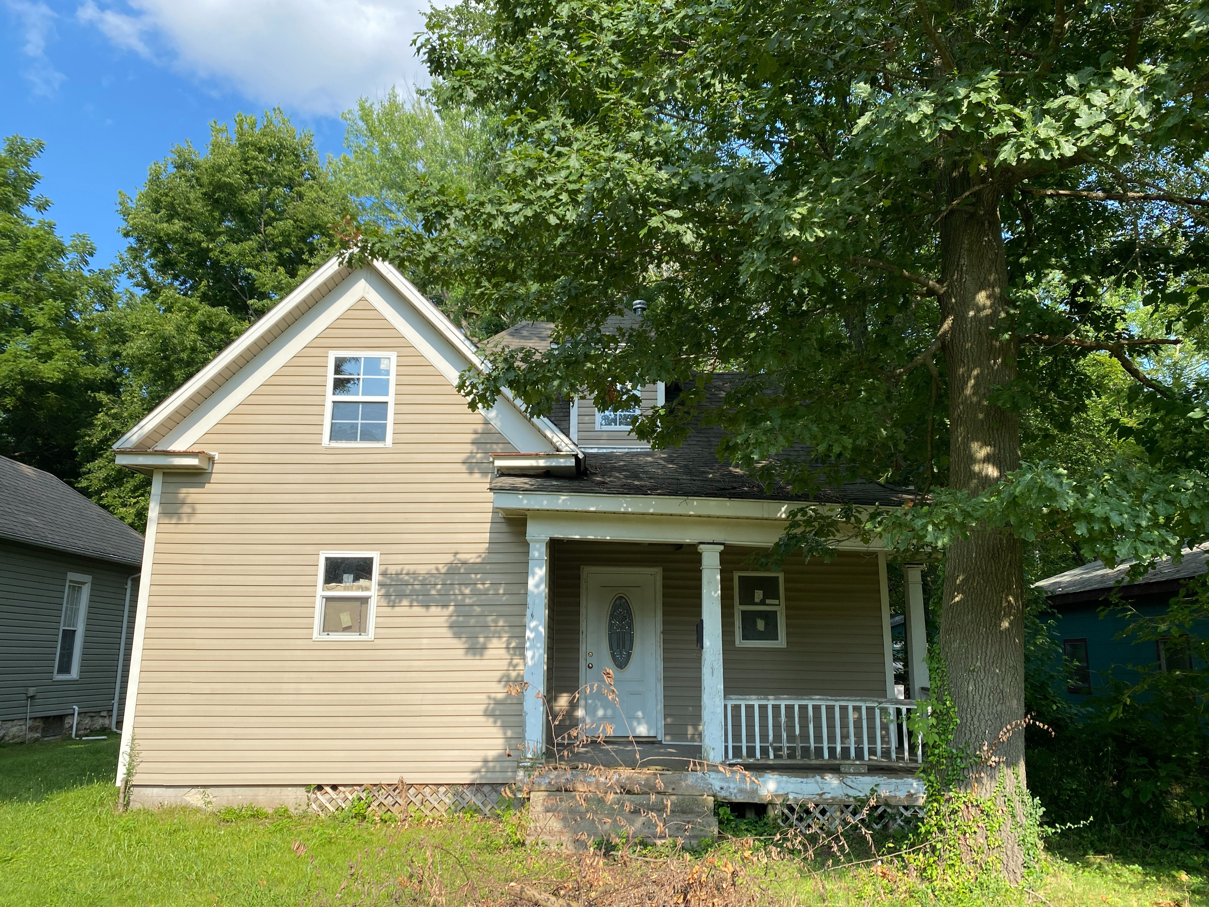2012 N Prospect Ave, Springfield, MO