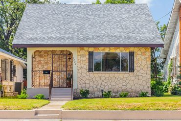 1222 Iowa St, San Antonio, TX