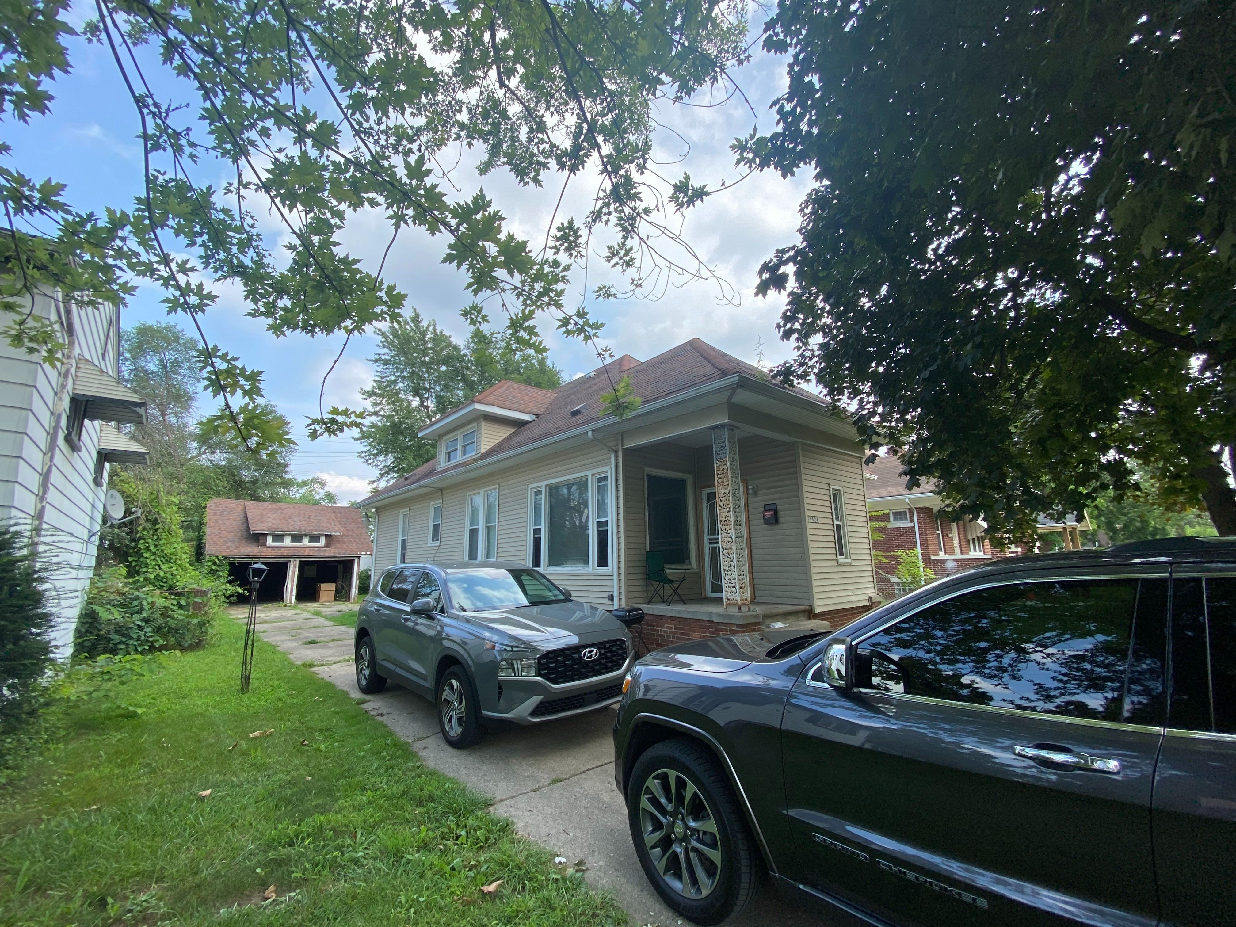 16624 Burt Rd, Detroit, MI