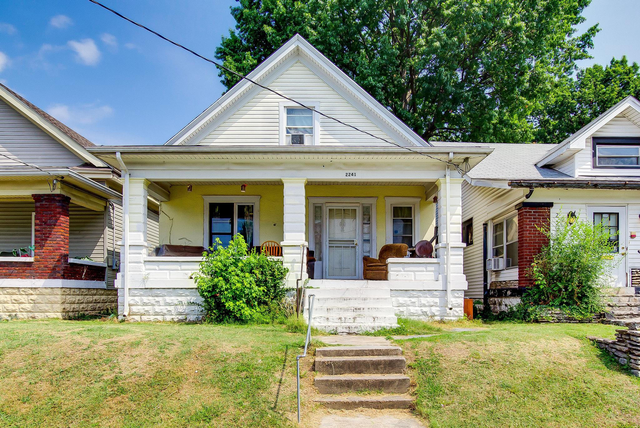 2241 Grand Ave, Louisville, KY
